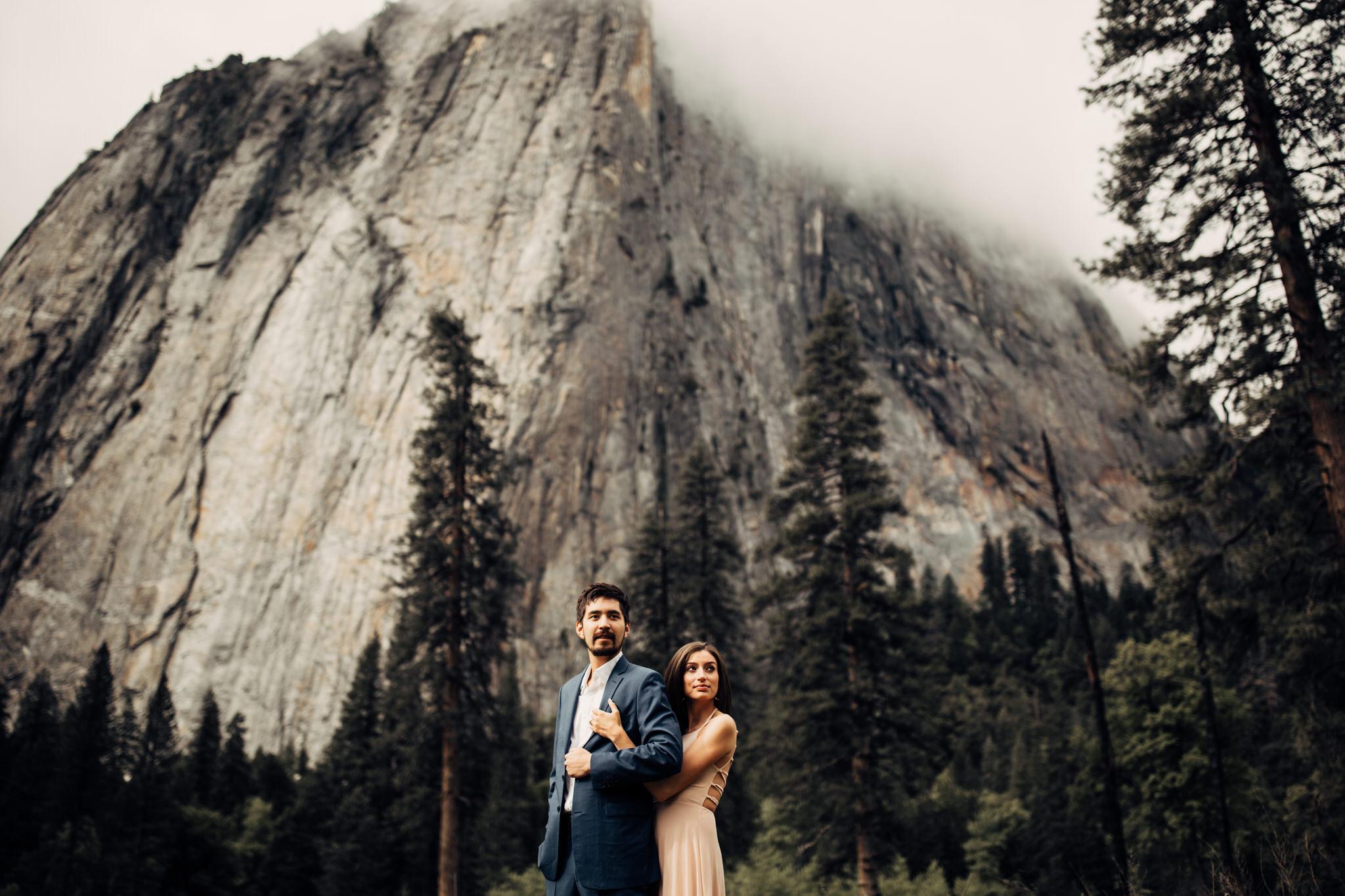 Yosemite-engagement-session-lauren-and-tom74.jpg