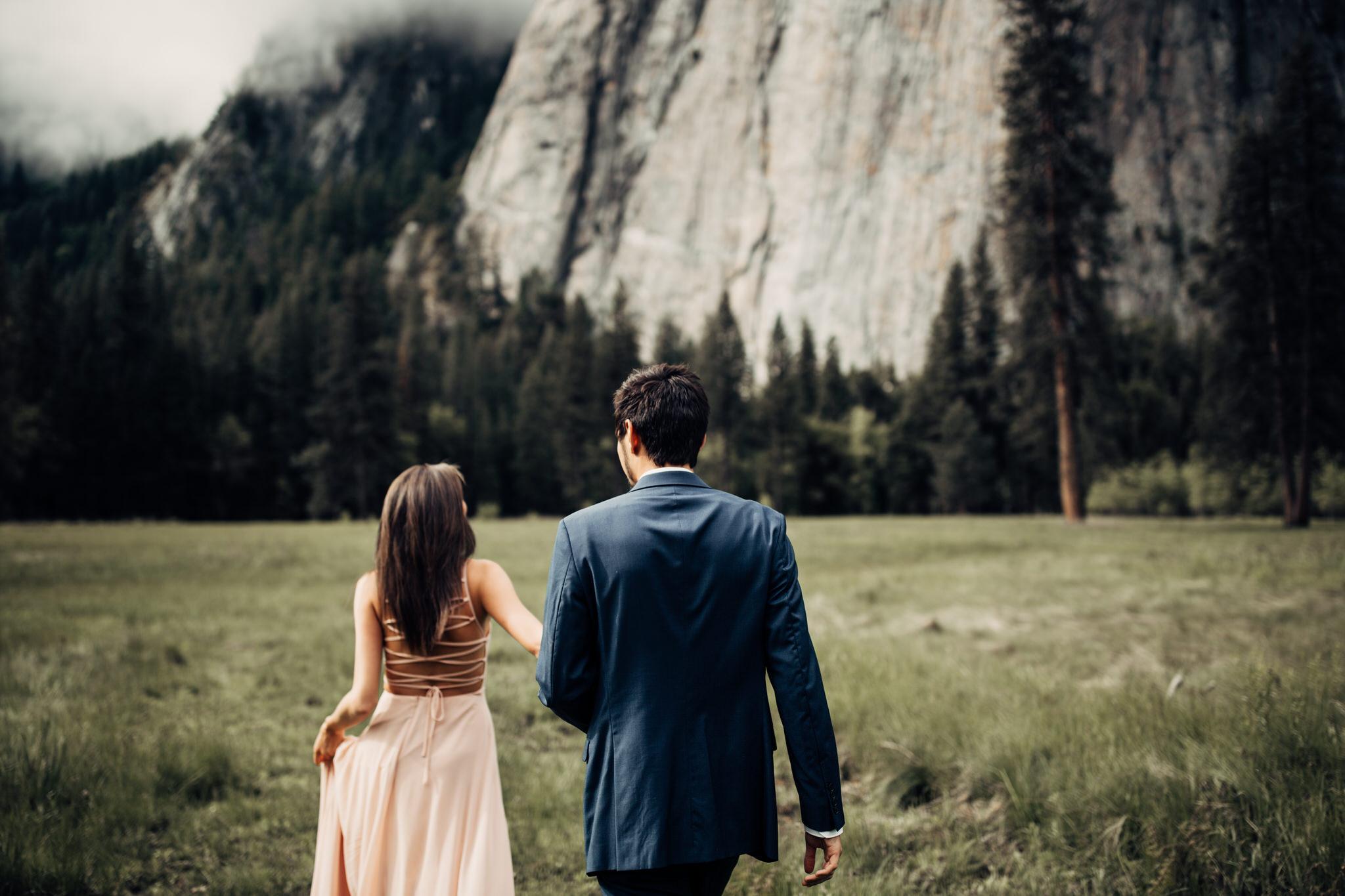 Yosemite-engagement-session-lauren-and-tom68.jpg