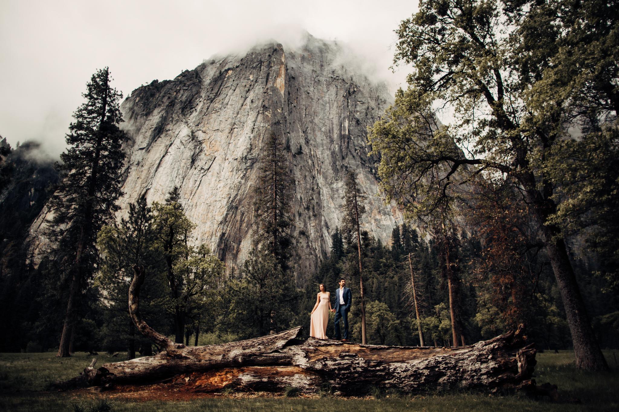 Yosemite-engagement-session-lauren-and-tom80.jpg