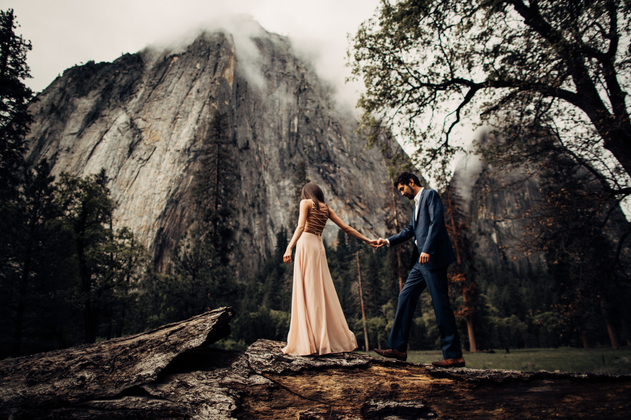 Yosemite-engagement-session-lauren-and-tom79.jpg