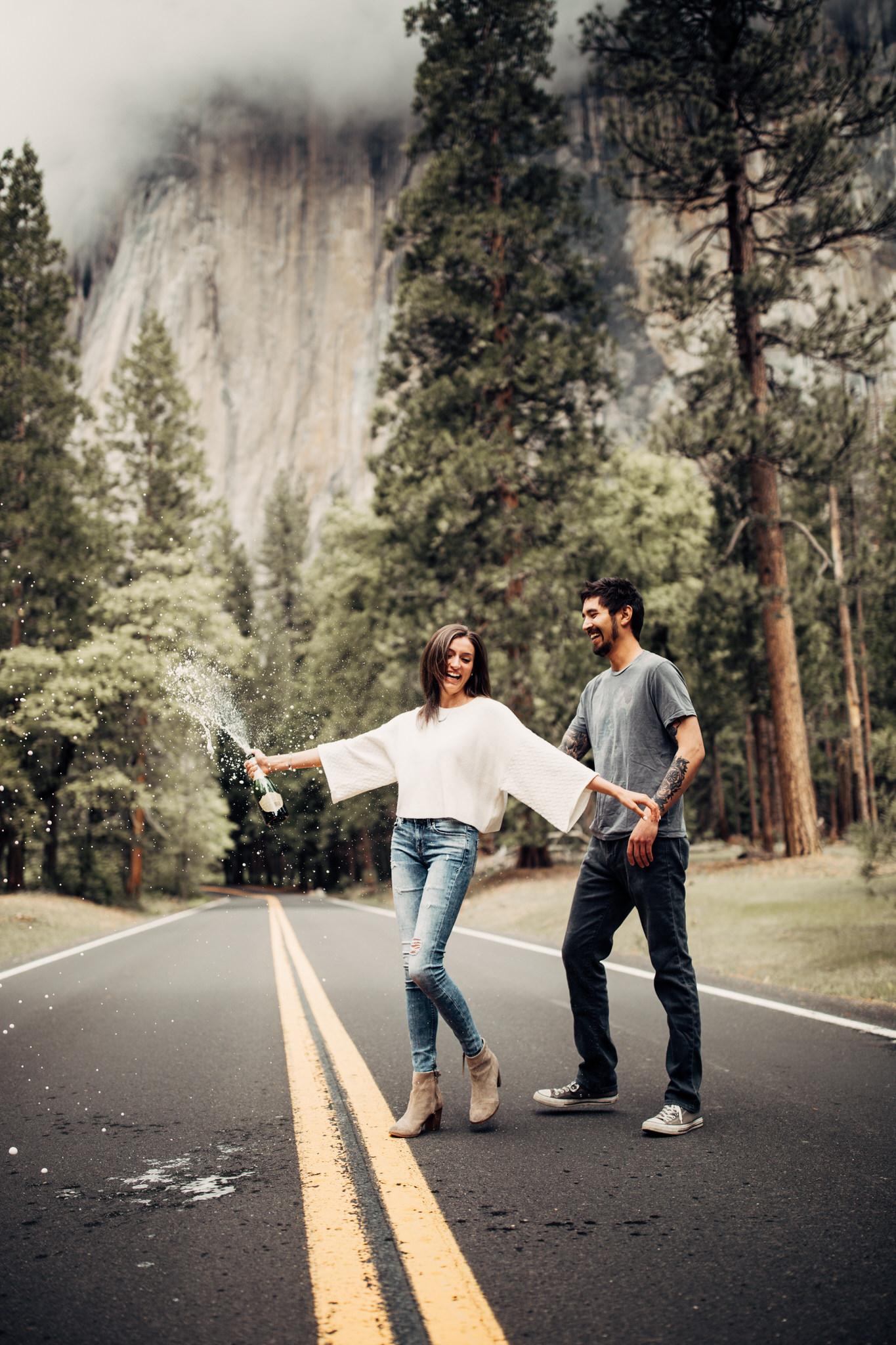 Yosemite-engagement-session-lauren-and-tom96.jpg