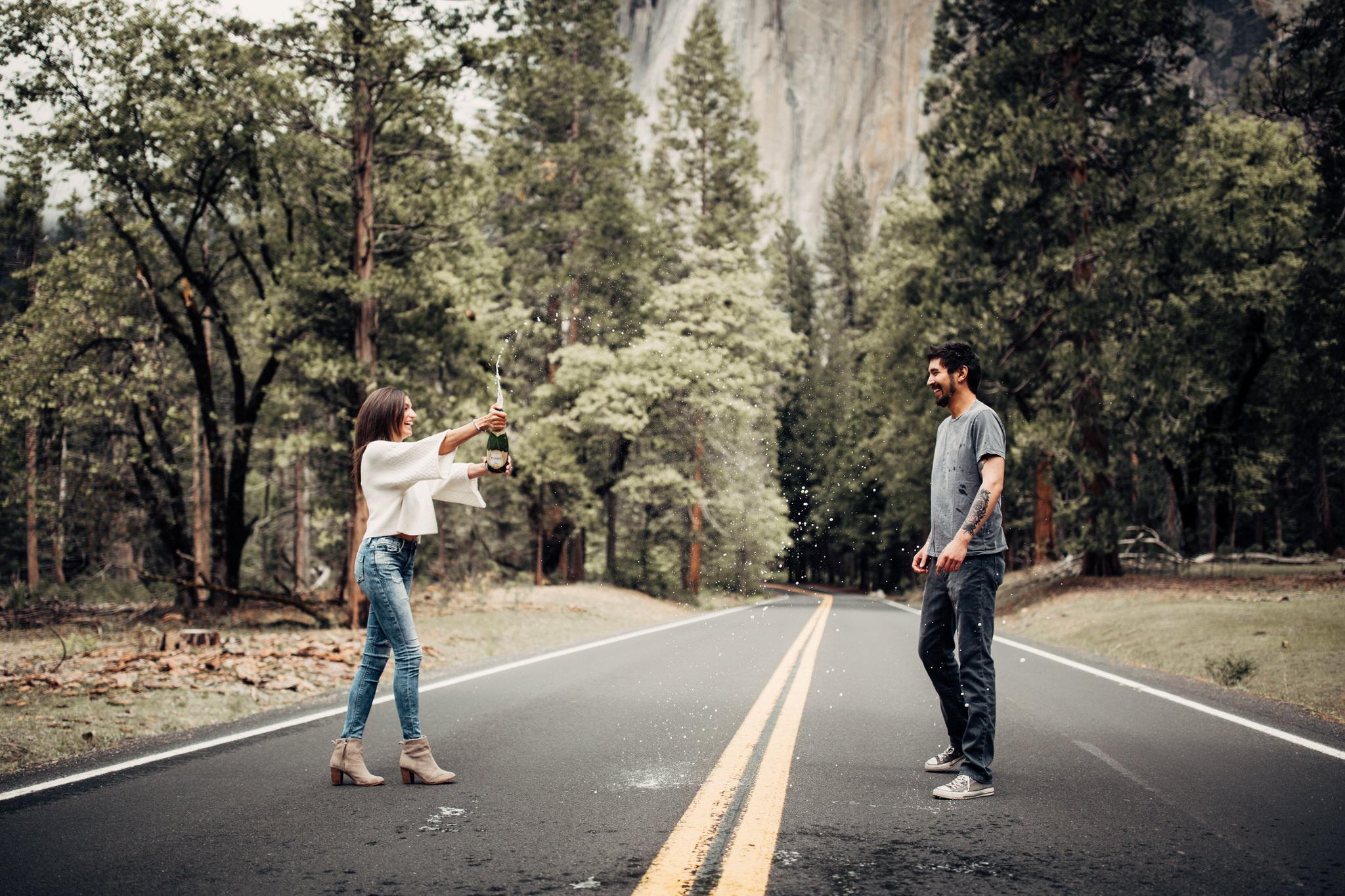 Yosemite-engagement-session-lauren-and-tom99.jpg