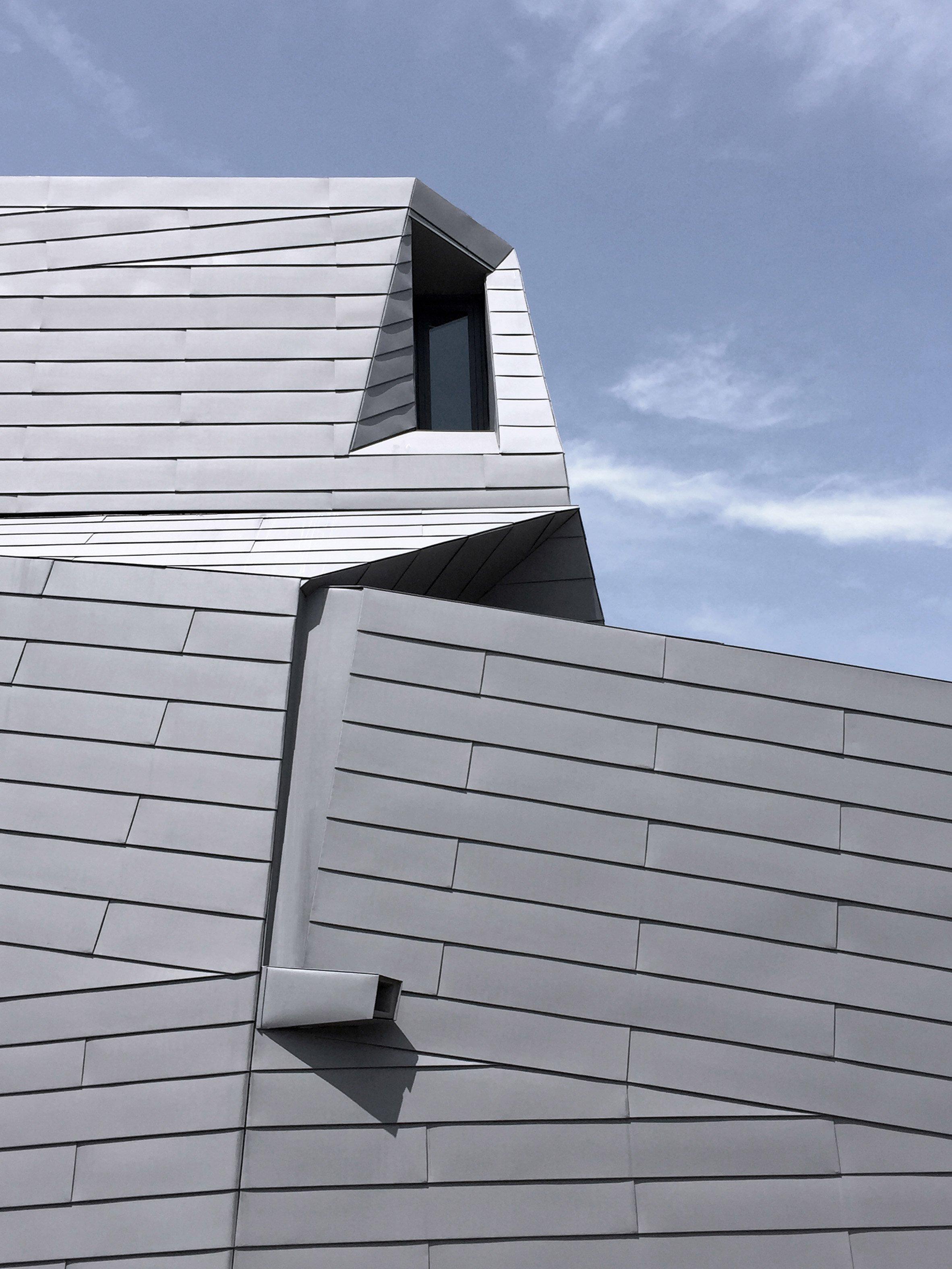 gemma-observatory-anmahian-winton-architects_dezeen_2364_col_9.jpg