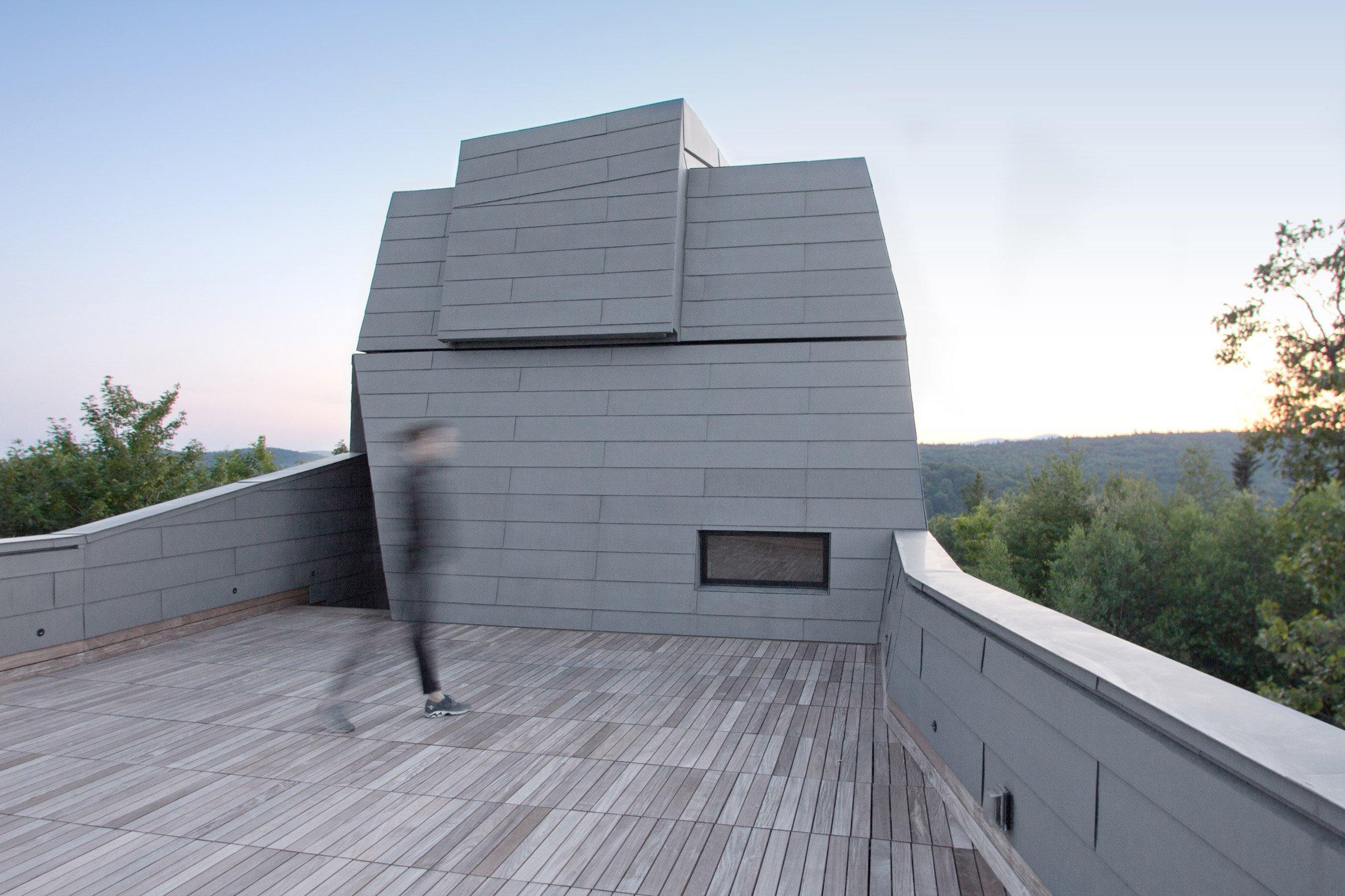 gemma-observatory-anmahian-winton-architects_dezeen_2364_col_4.jpg