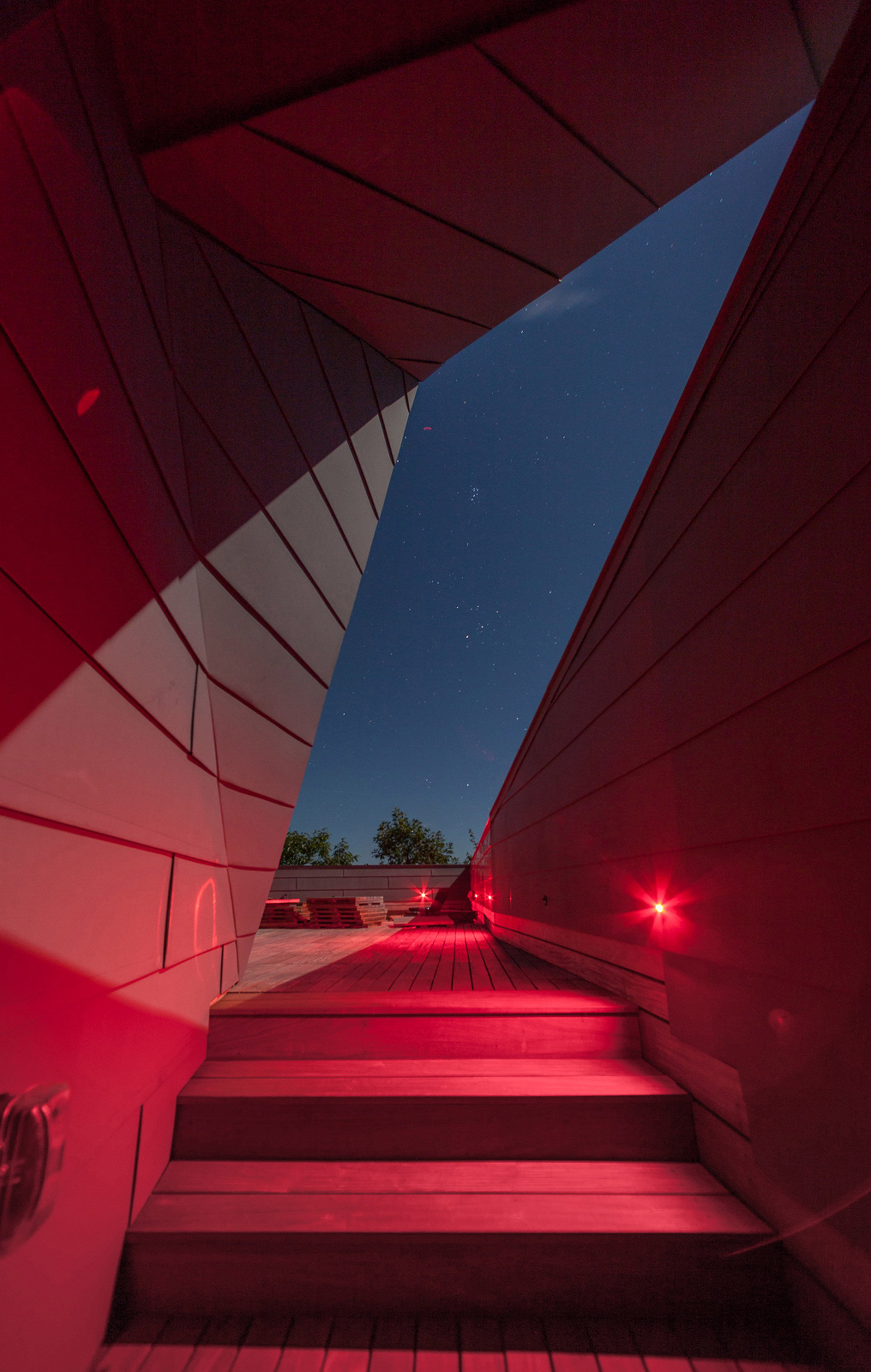 gemma-observatory-anmahian-winton-architects_dezeen_2364_col_6.jpg