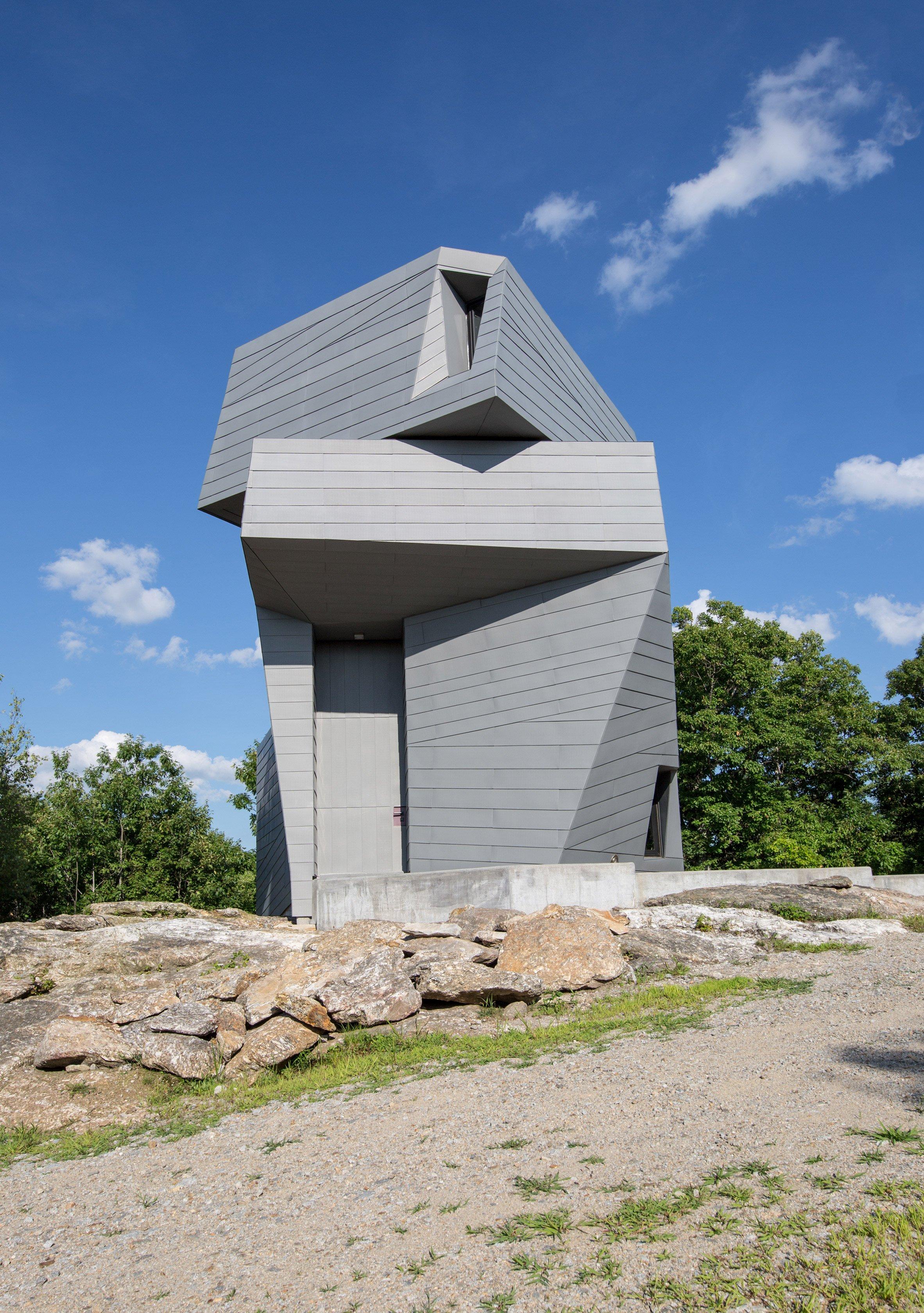 gemma-observatory-anmahian-winton-architects_dezeen_2364_col_1.jpg