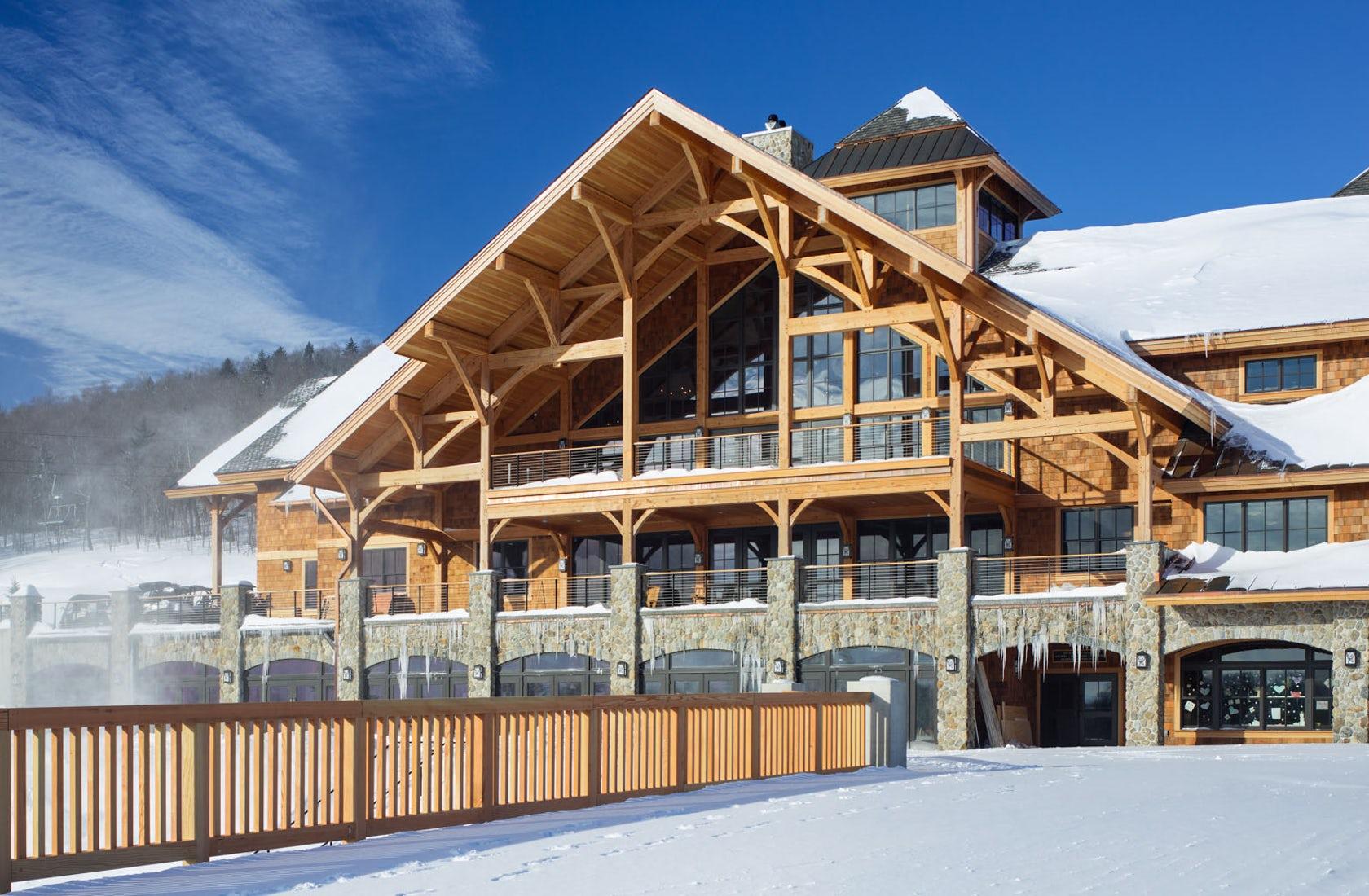 Foard-Panel-Hermitage-Club-Lodge-05.jpg