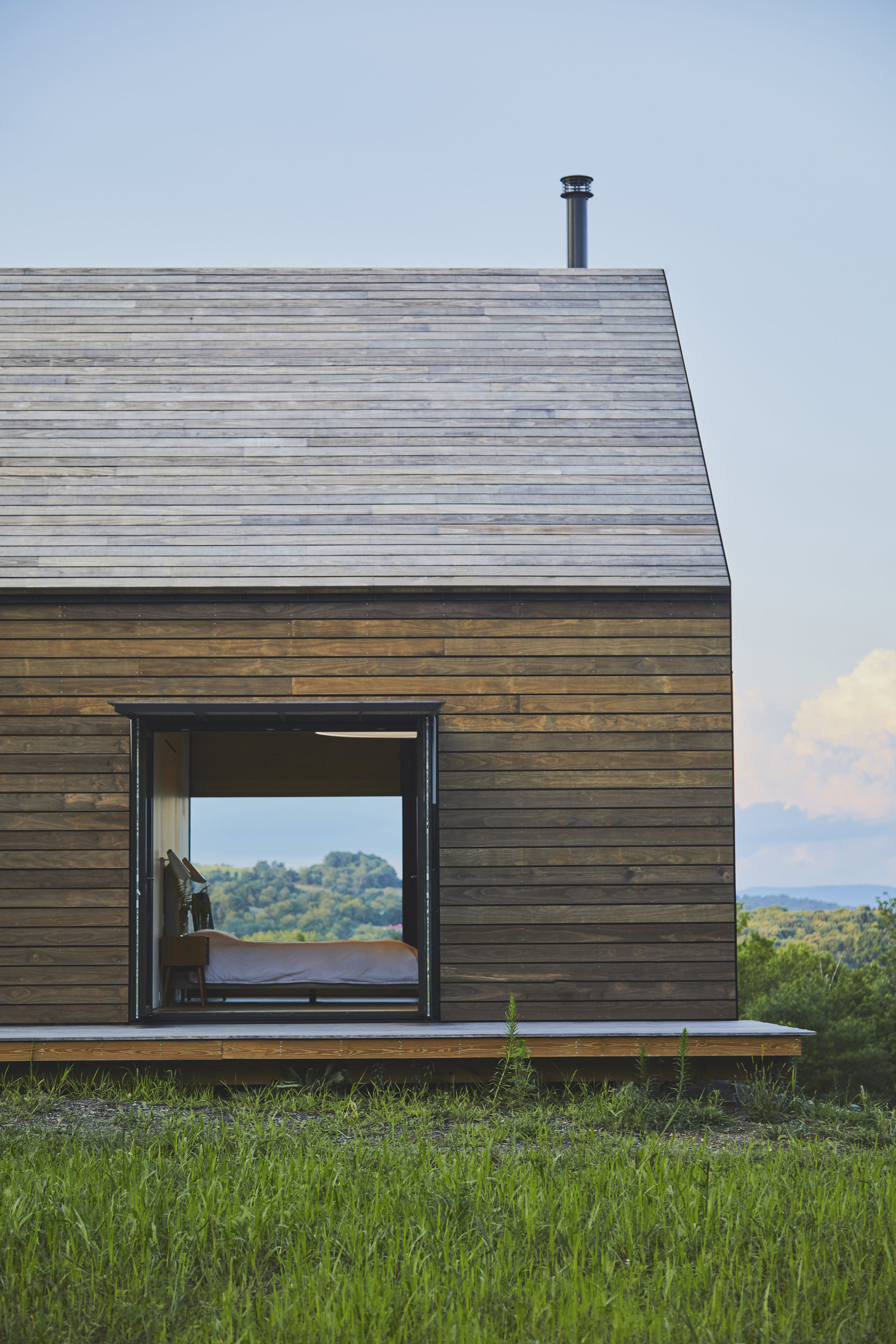 Amalgam Studio Mountain House Exteriors 01.jpg