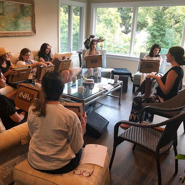 "Our first song circle was a beautiful success! These lovely women shared their voices and themselves in a gloriously brave way. Only two characterized themselves as ""singers."" And yet everyone was singing and enjoying he benefits of the shruti box vibrations. ✨✨✨ The next will be in Berkeley August 14th. It's almost full! Two more spots available. Message for details❤️ . . . #shrutibox #soundhealing #soundbaths #soundhealingmeditation #vibrationalhealing #throatchakra #meditation #soundtherapy #shrutibox #energyhealing #findyourvoice #beyourownhealer #speakyourtruth #shrutisounds #findyourfrequency #freeyourvoice"