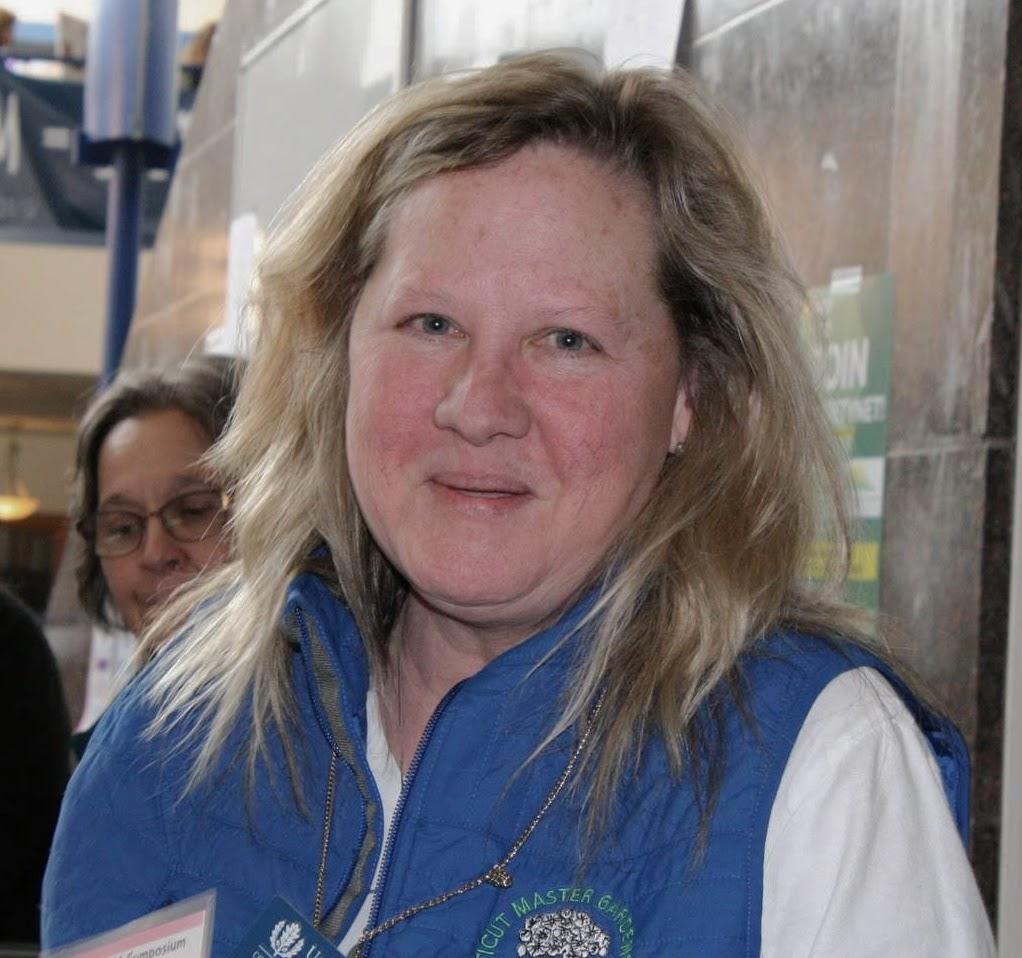 Vicky Ambrosey - webmaster