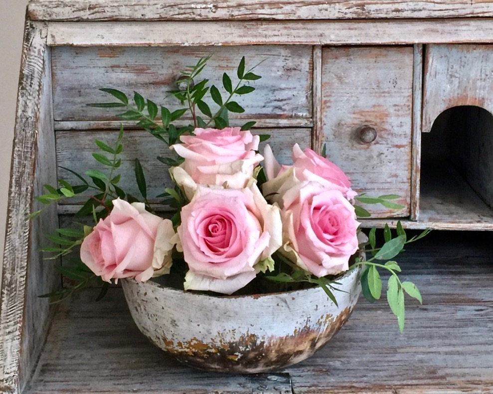 alexandra antiques roses -contact page.jpeg