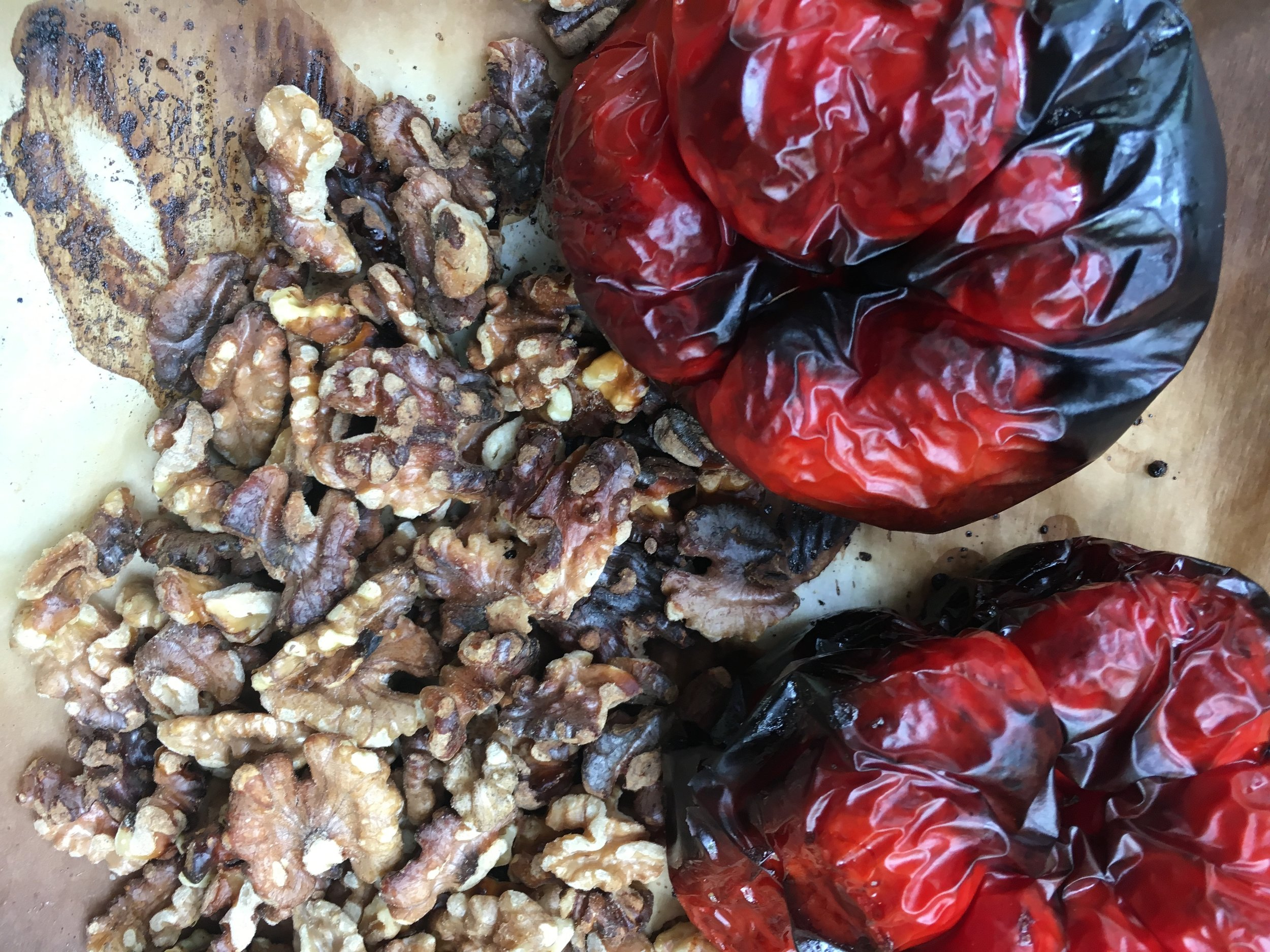 Roasted peppers and walnuts should look like this.