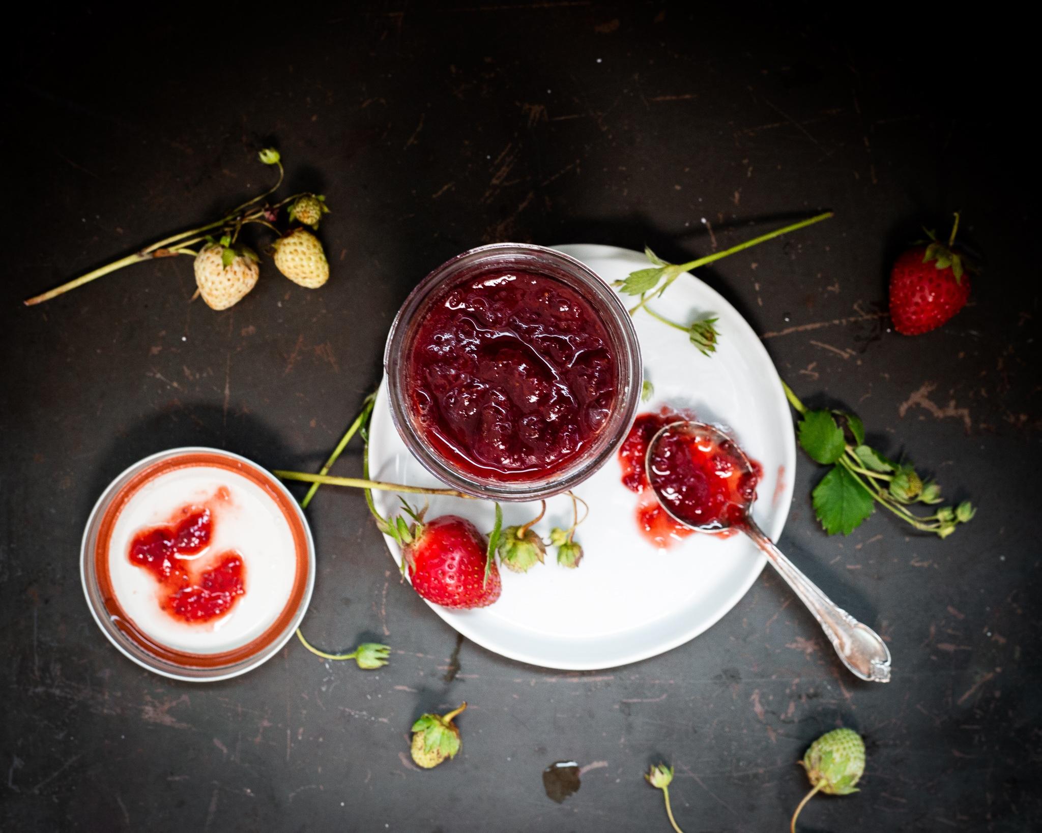 Honey Strawberry Jam: Water bath canning