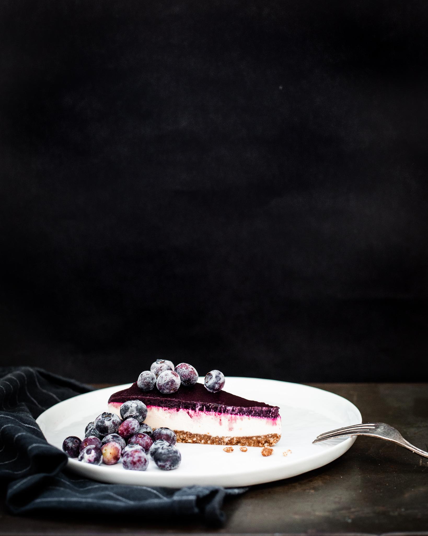 Raw Lemon Blueberry Cheesecake: refined sugar free, gluten free, dairy free