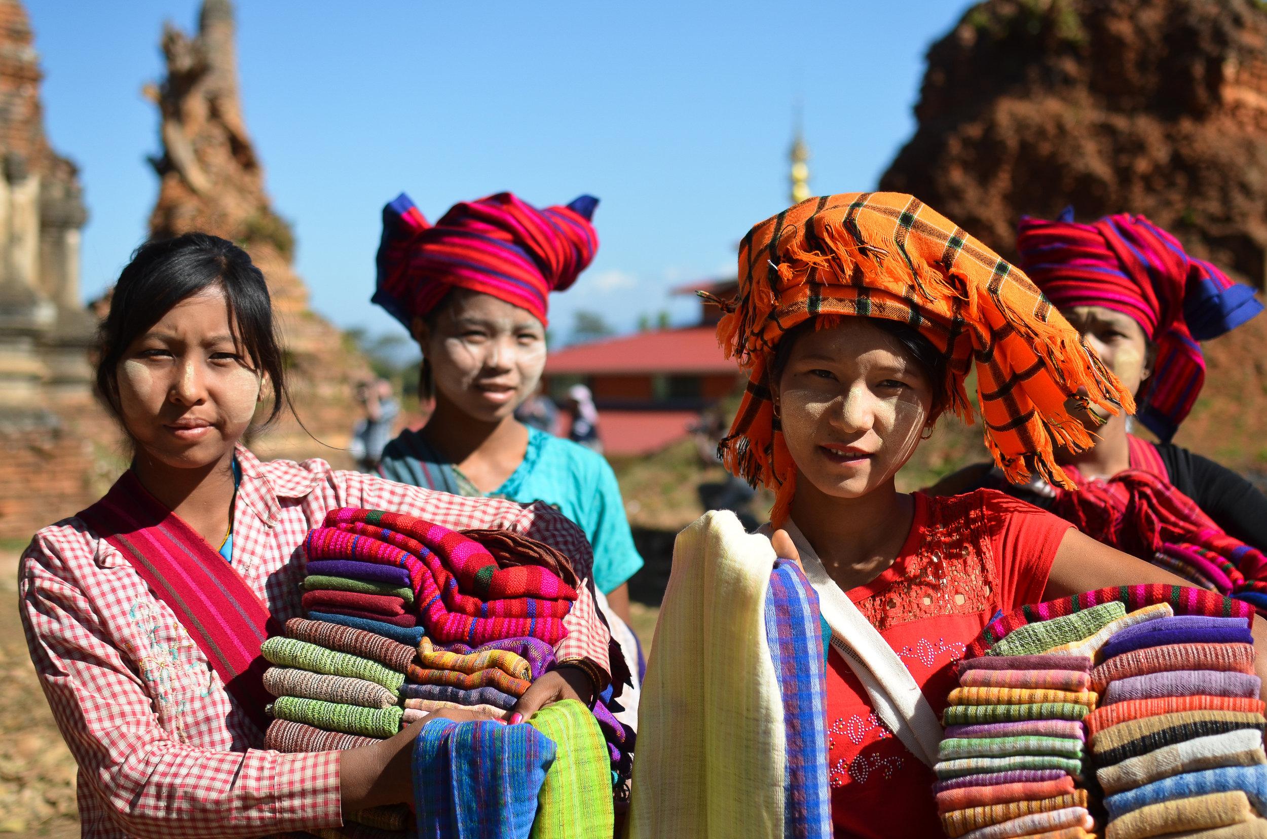 Burmese women — img 4