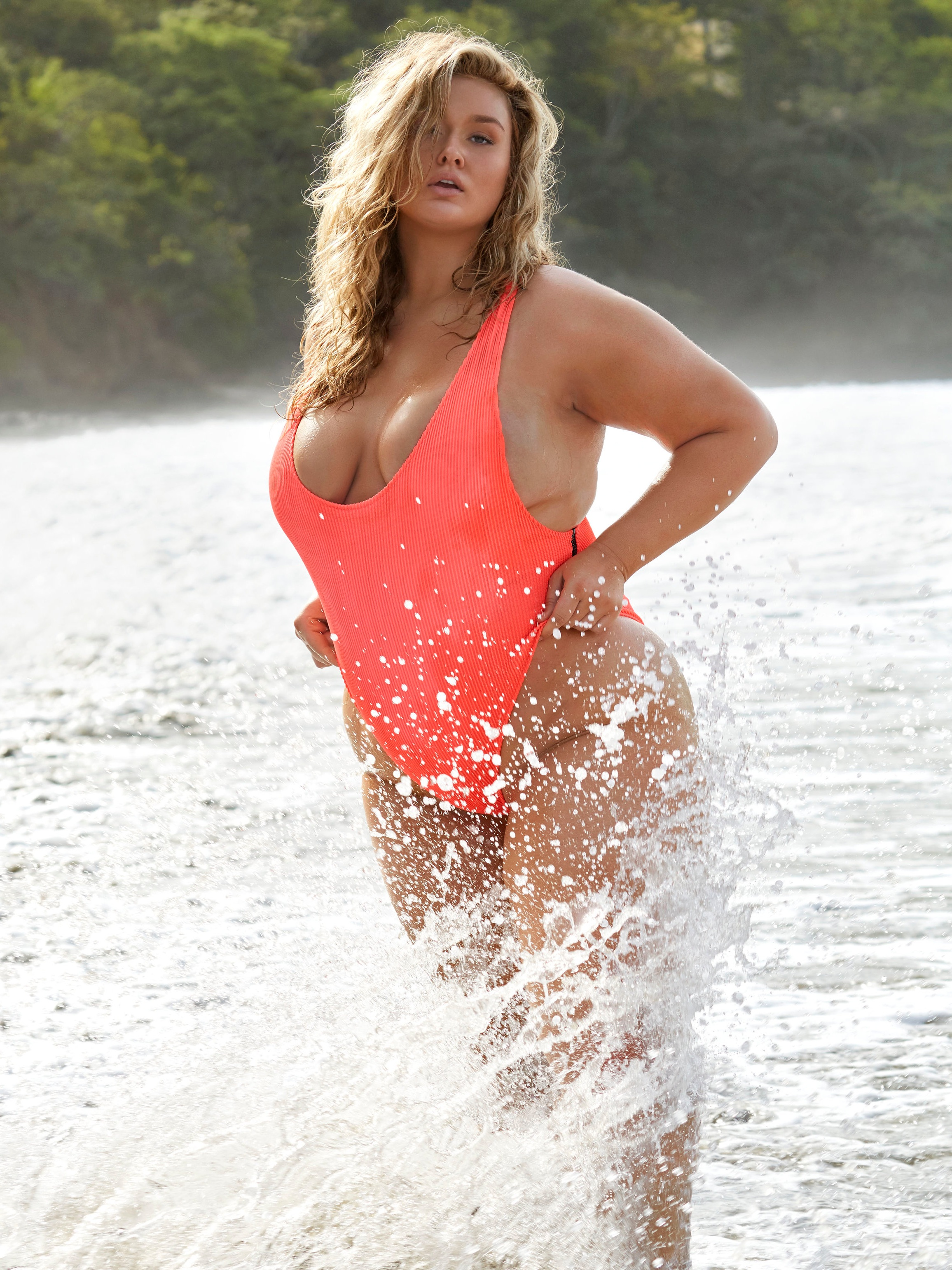 Hunter McGrady - @huntermcgrady