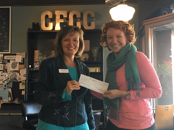 Debbie accepts check from Amysmall.jpg