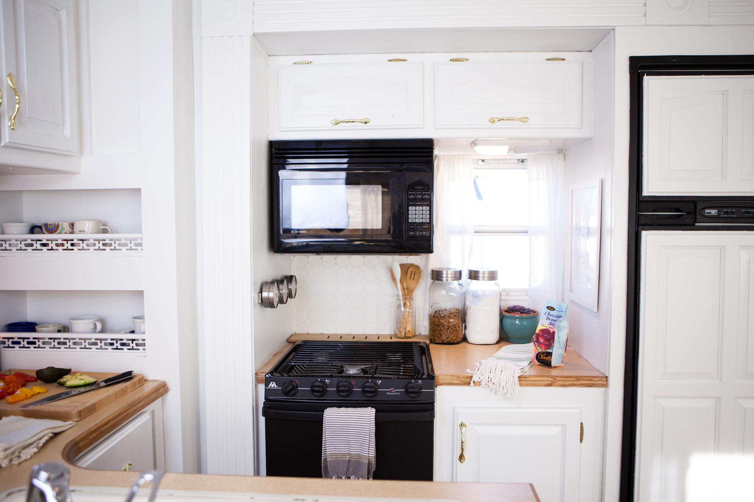 kitchen camper reno