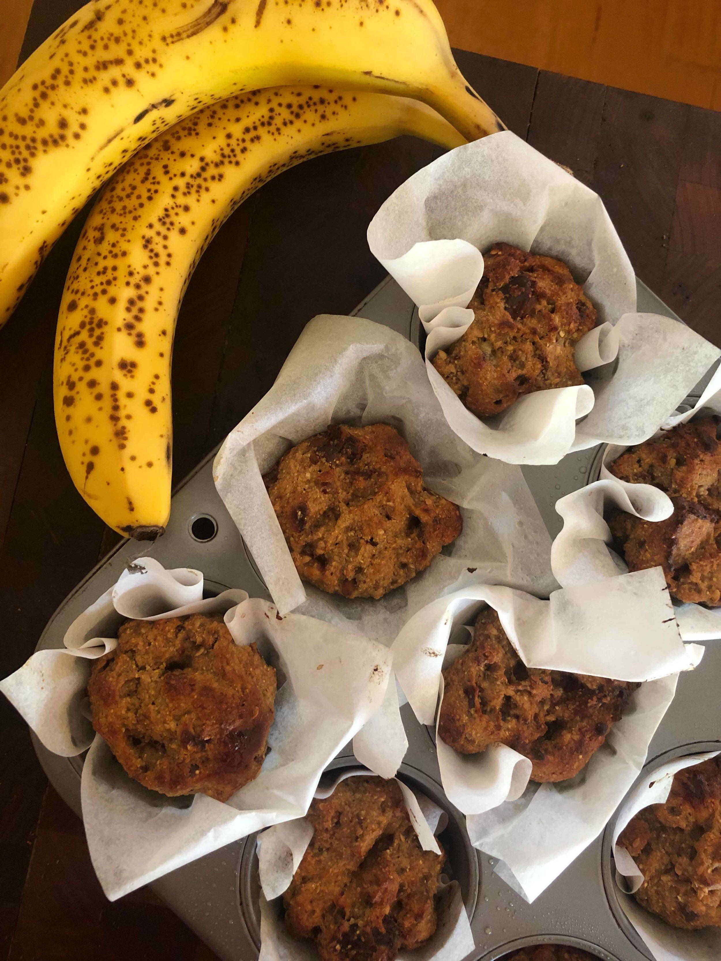 Banana date muffins.jpg