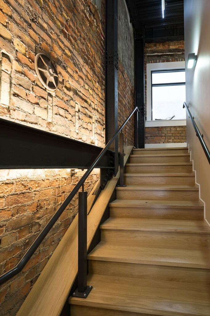 stairs_2_orig.jpg
