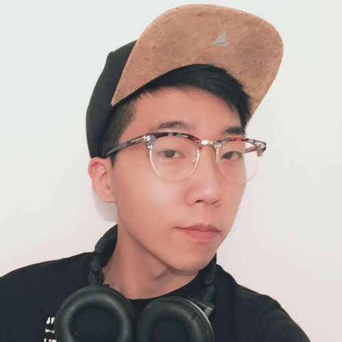 Victor Guo - Product ManagerVictor is our newest addition to the team. He is a multitalented selfstarter with many years of experience working with developers, designers and marketers.LinkedIn