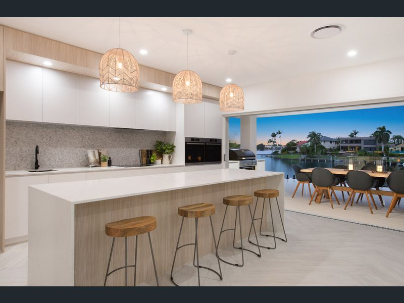 Modern coastal Hamptons waterfront living Gold Coast Building and Renovations