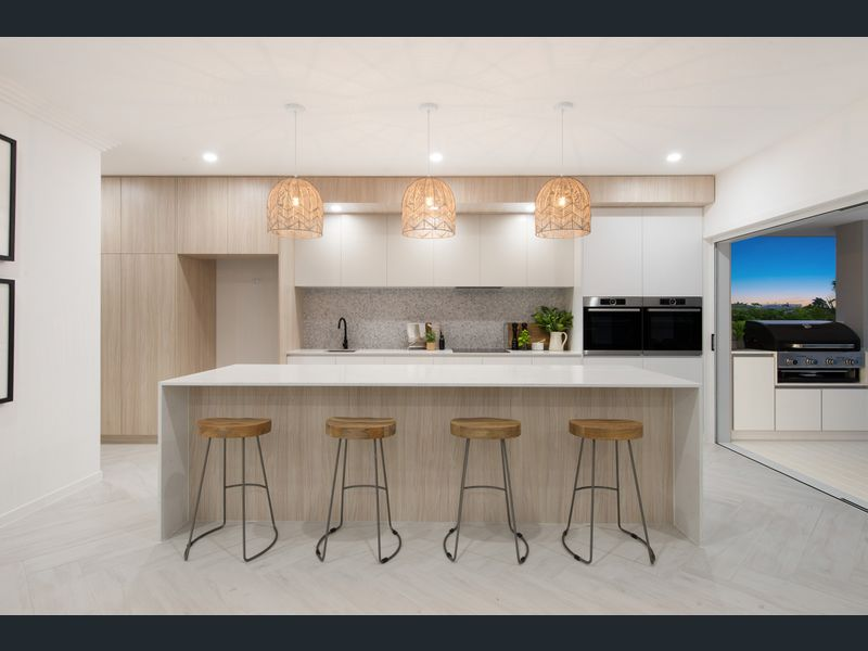 Modern coastal Hamptons kitchen Gold Coast Building and Renovations