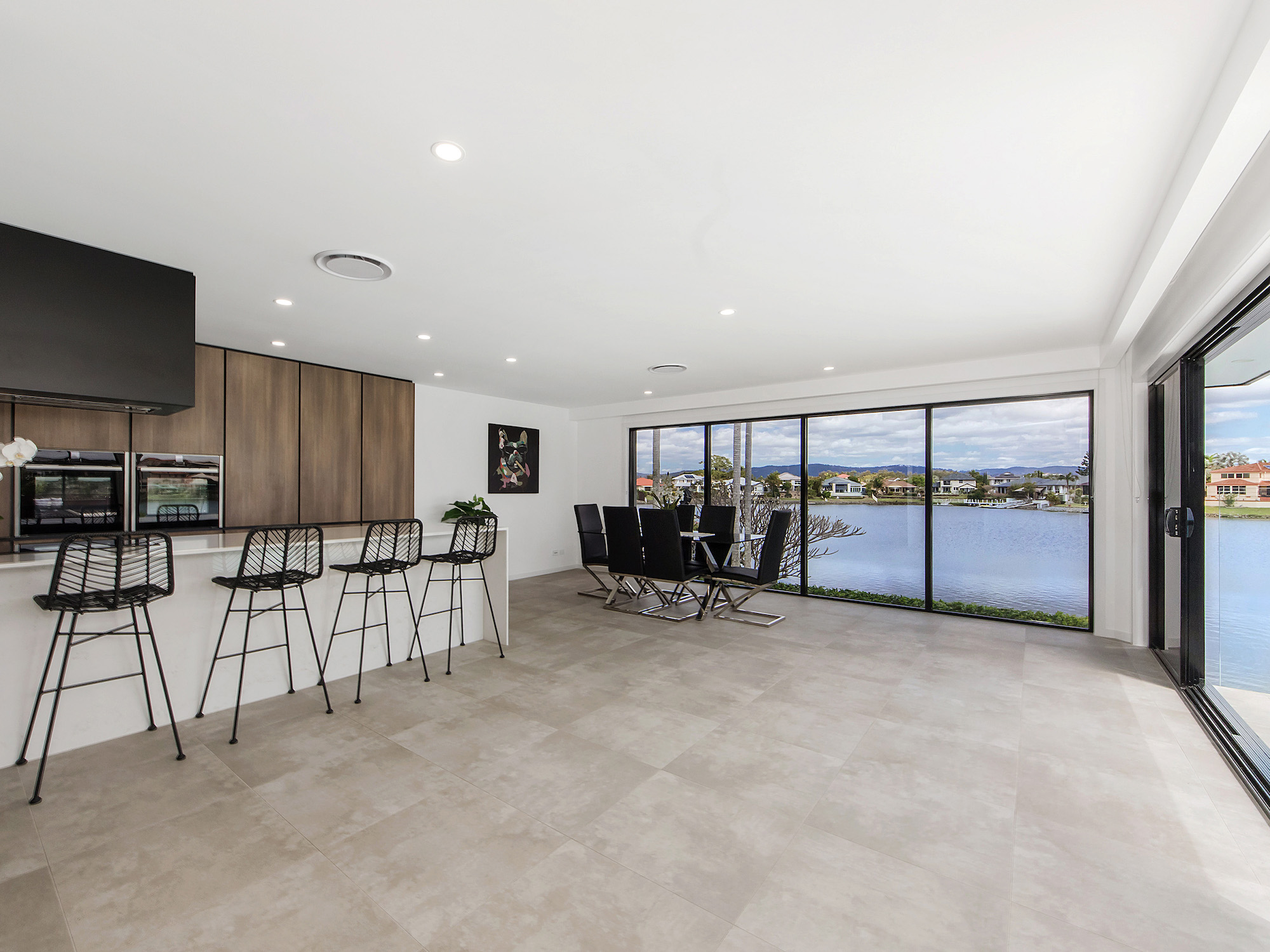 Open plan kitchen and dining, a modern space to entertain
