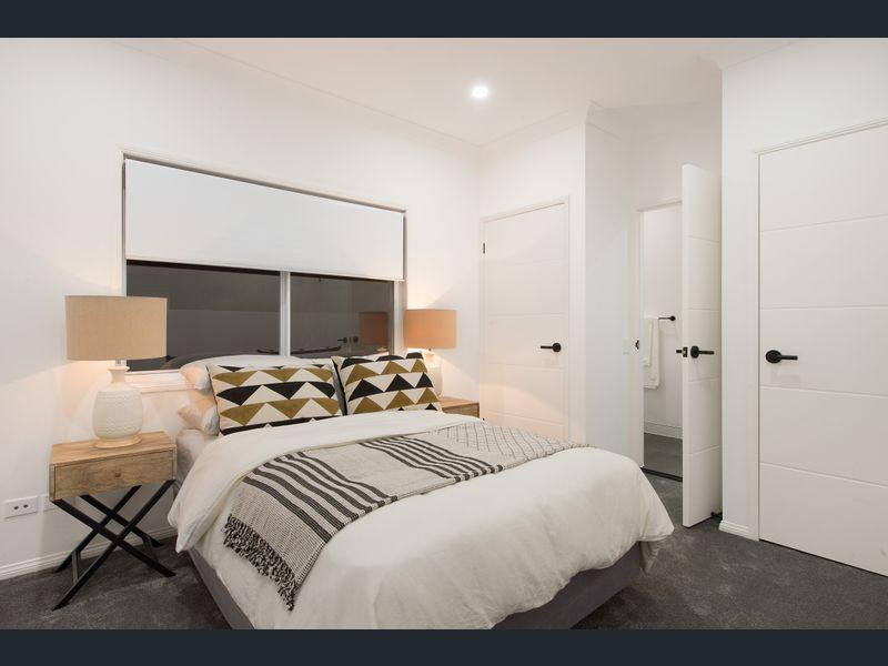 MARTINIQUE BEDROOM.jpg