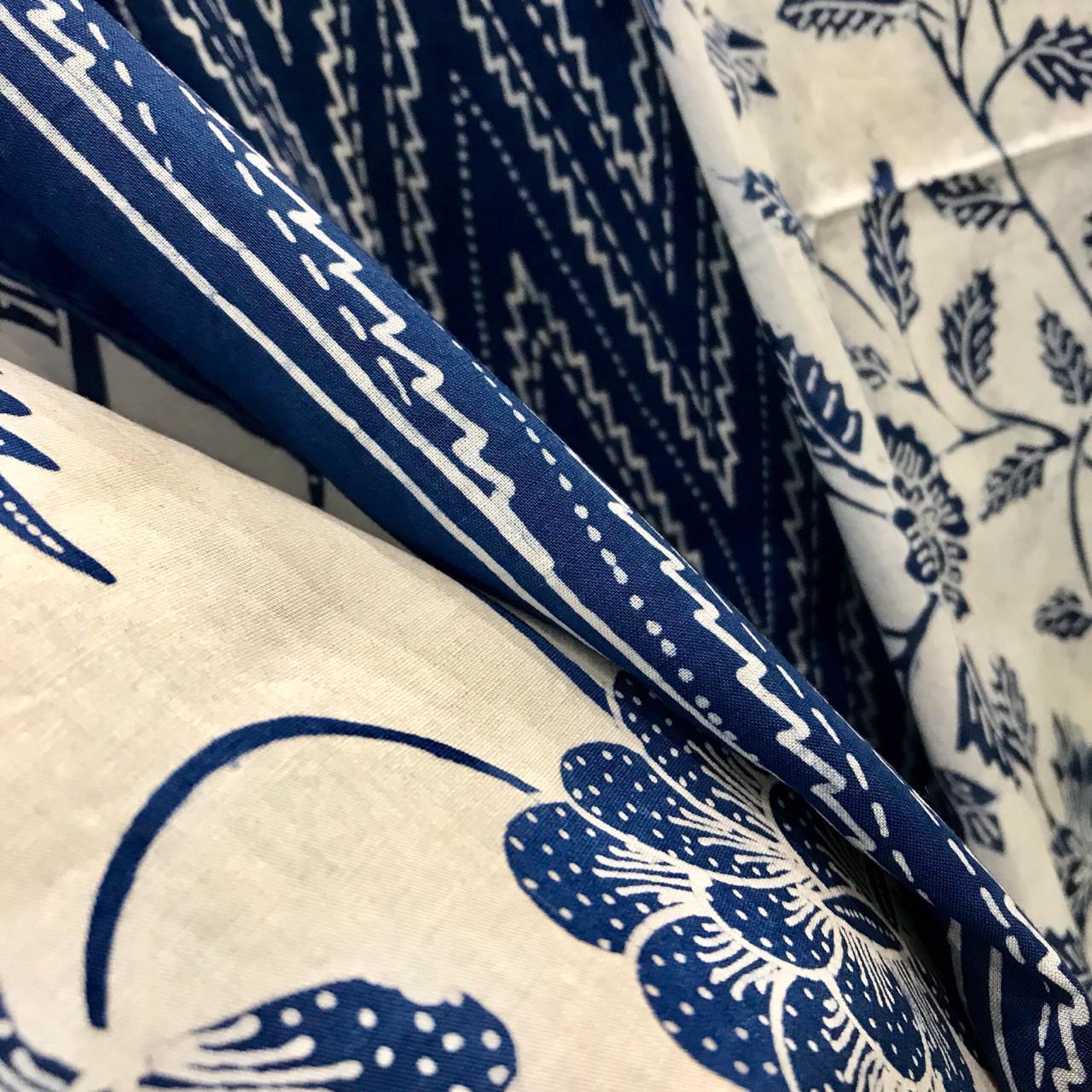 Si Biru Cantik Yang Populer — Yayasan Losari