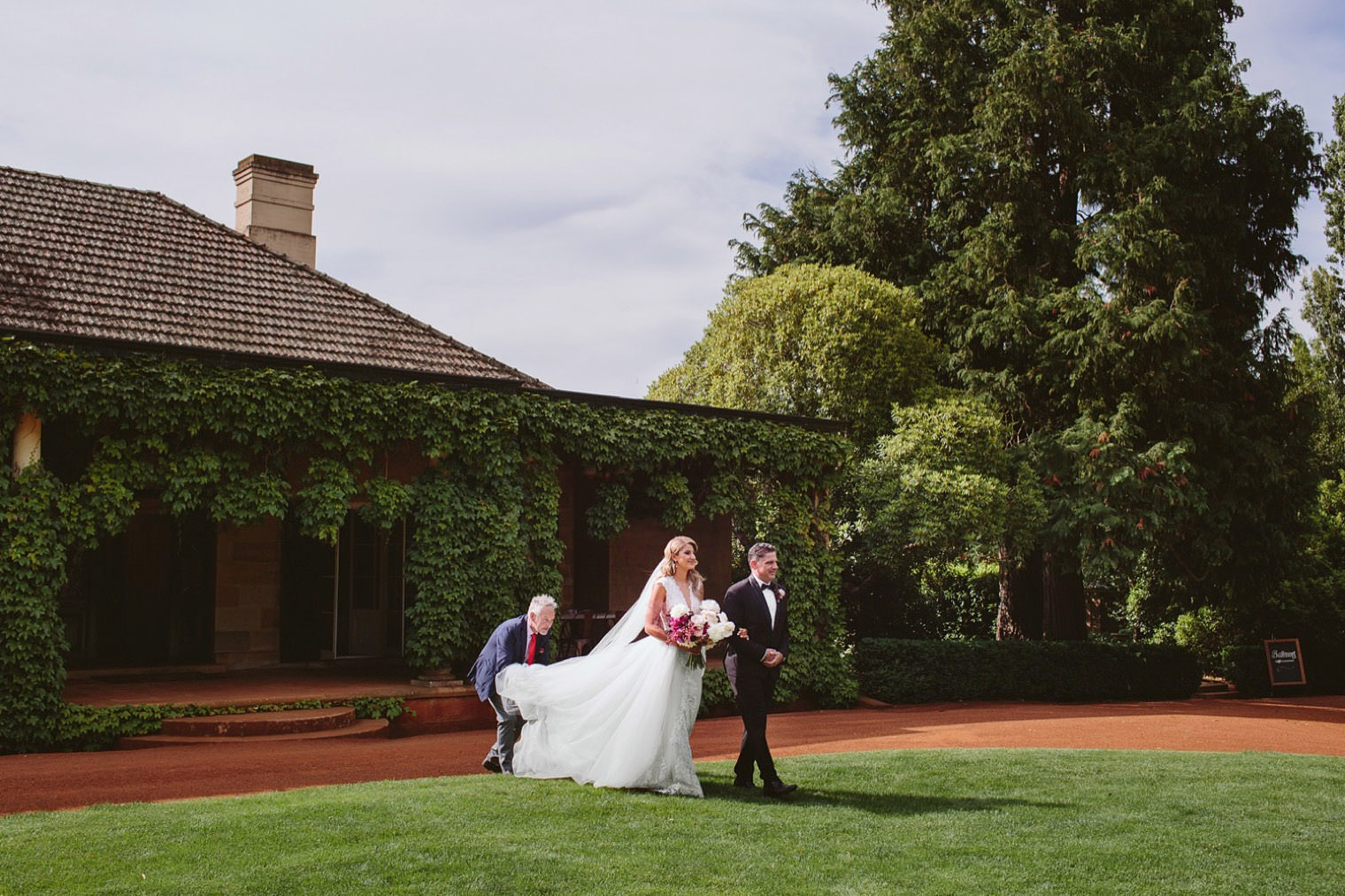 Alana_Corrie_Bendooley_Estate_Bookbarn_Southern_Highlands_wedding_034.jpg