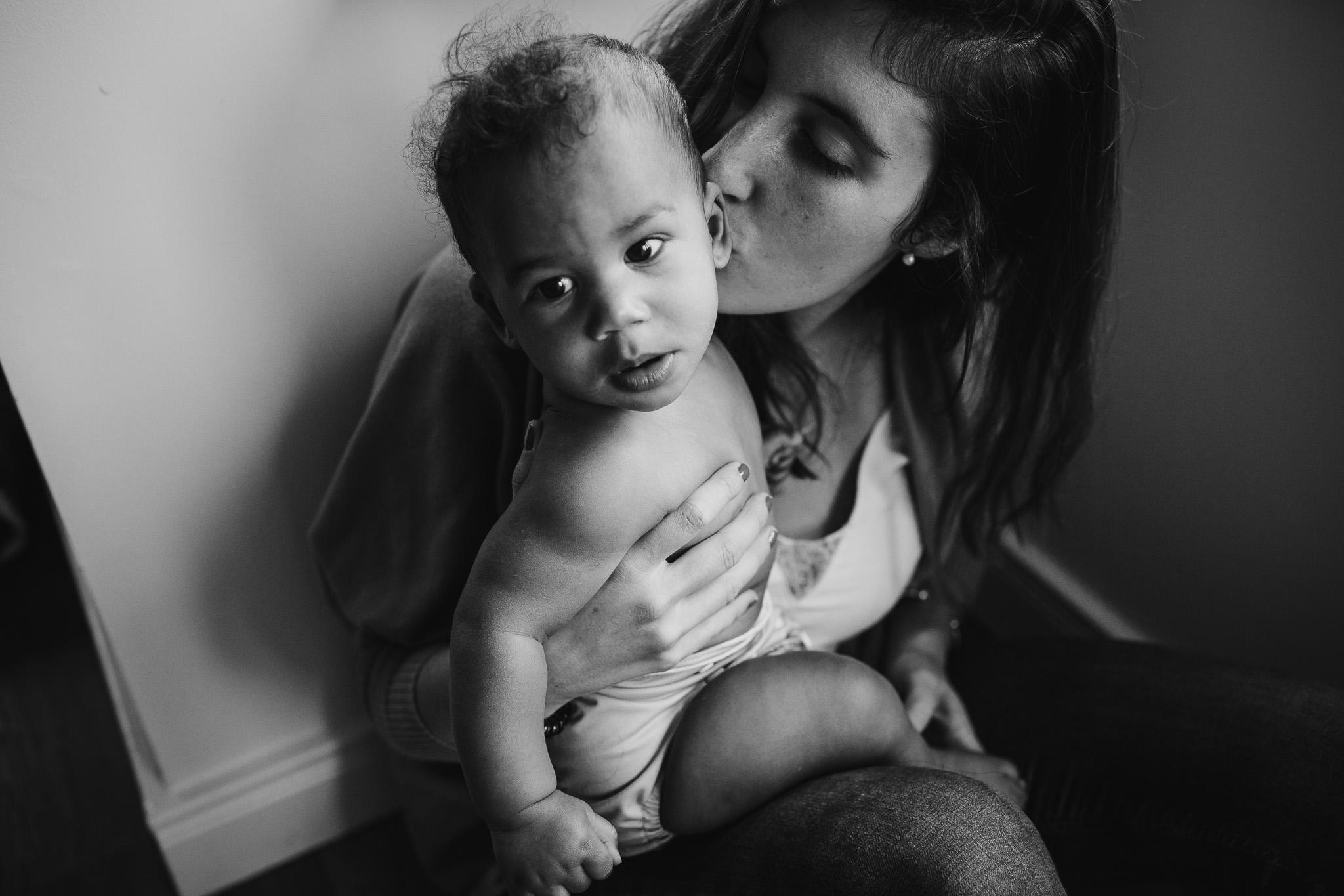 motherhood-baby-inhome-photoshoot-2.jpg