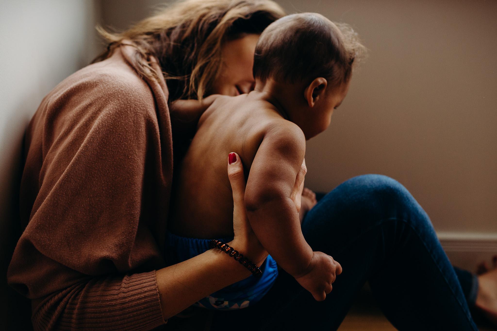 motherhood-baby-inhome-photoshoot-3.jpg
