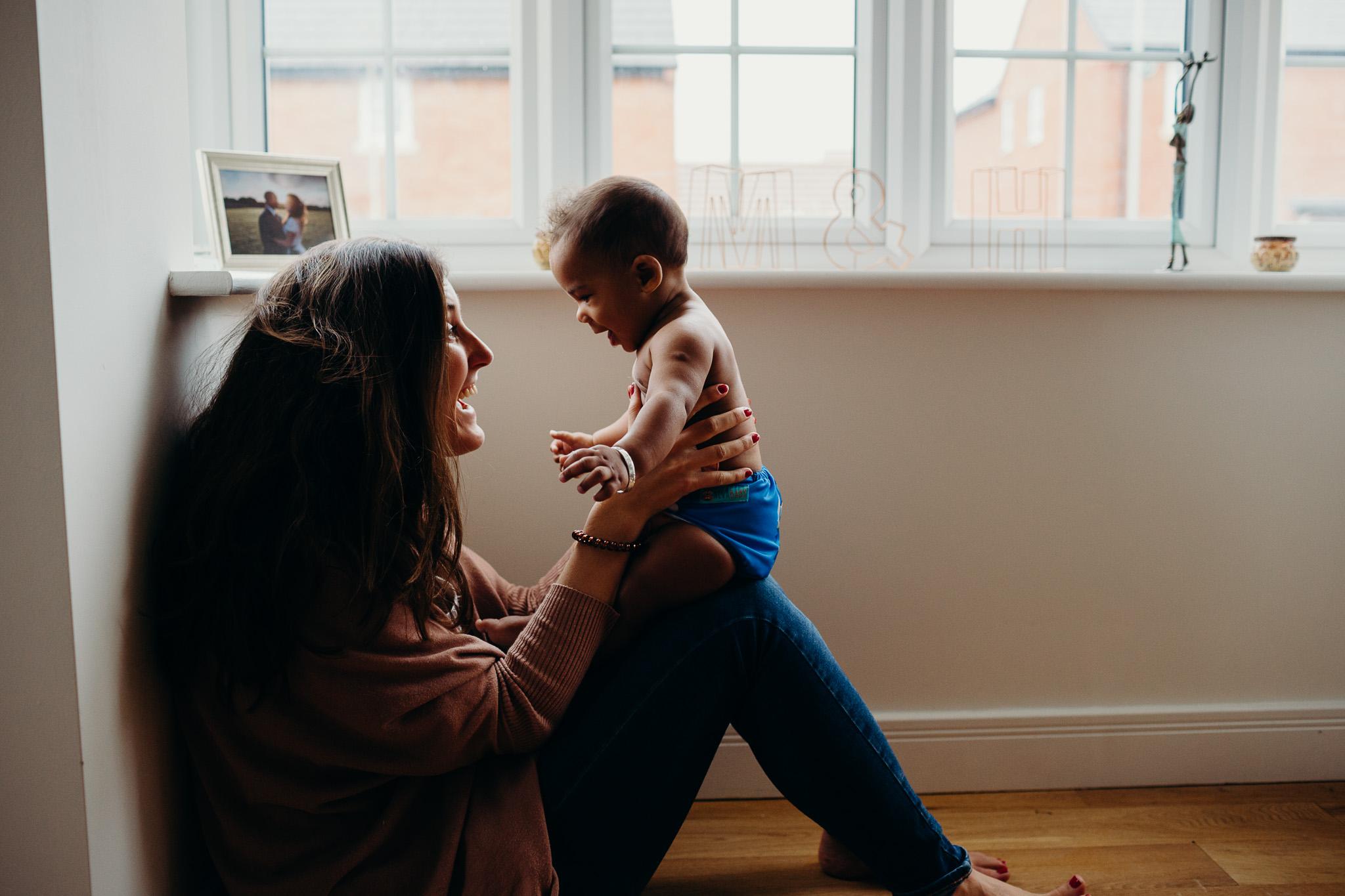 motherhood-baby-inhome-photoshoot-5.jpg