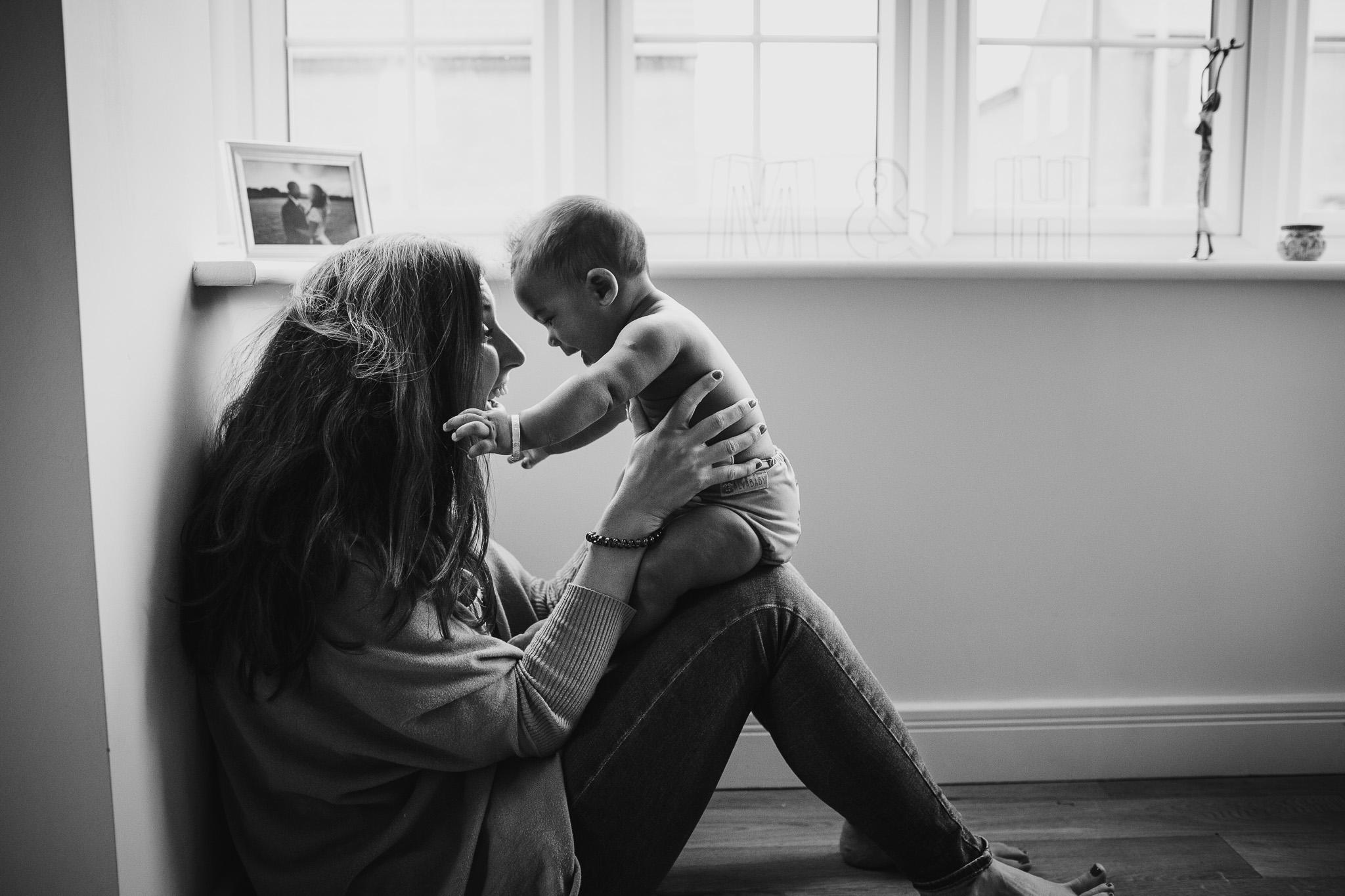 motherhood-baby-inhome-photoshoot-6.jpg