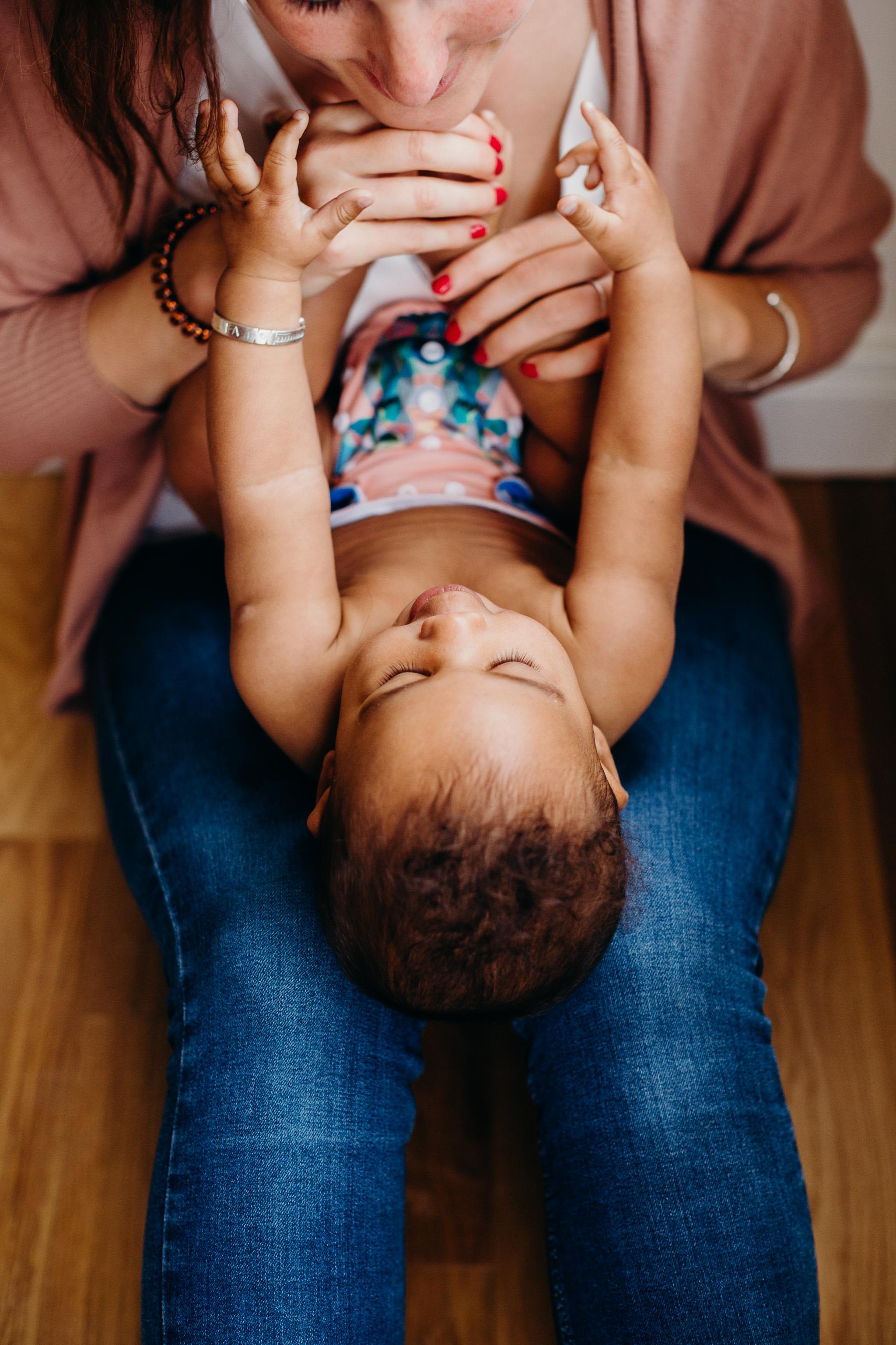 motherhood-baby-inhome-photoshoot-17.jpg