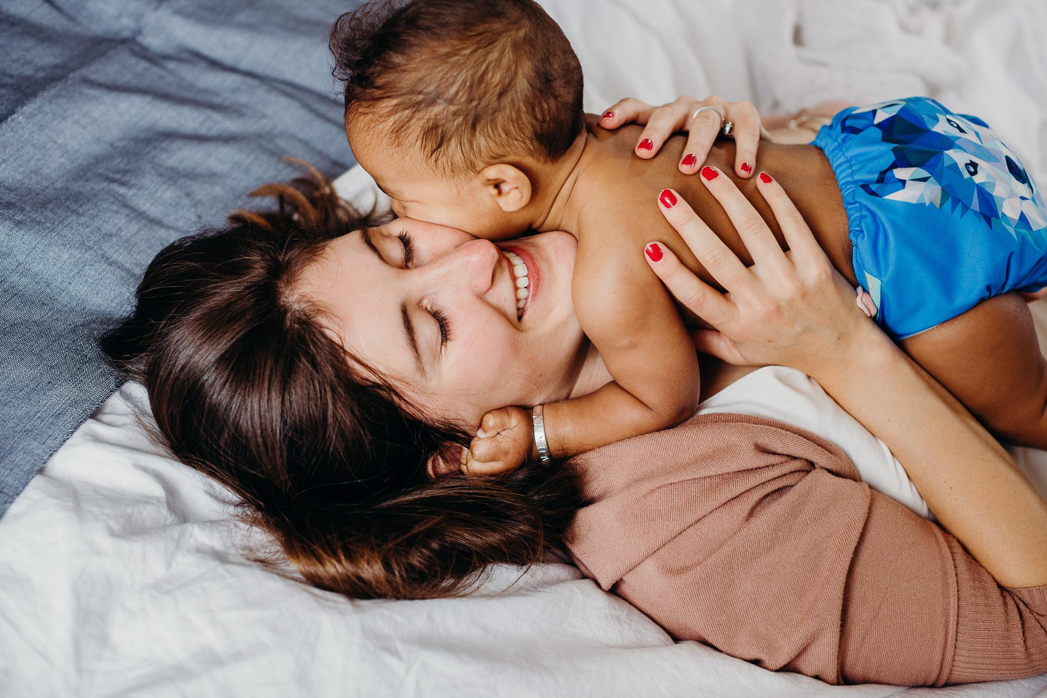 motherhood-baby-inhome-photoshoot-40.jpg