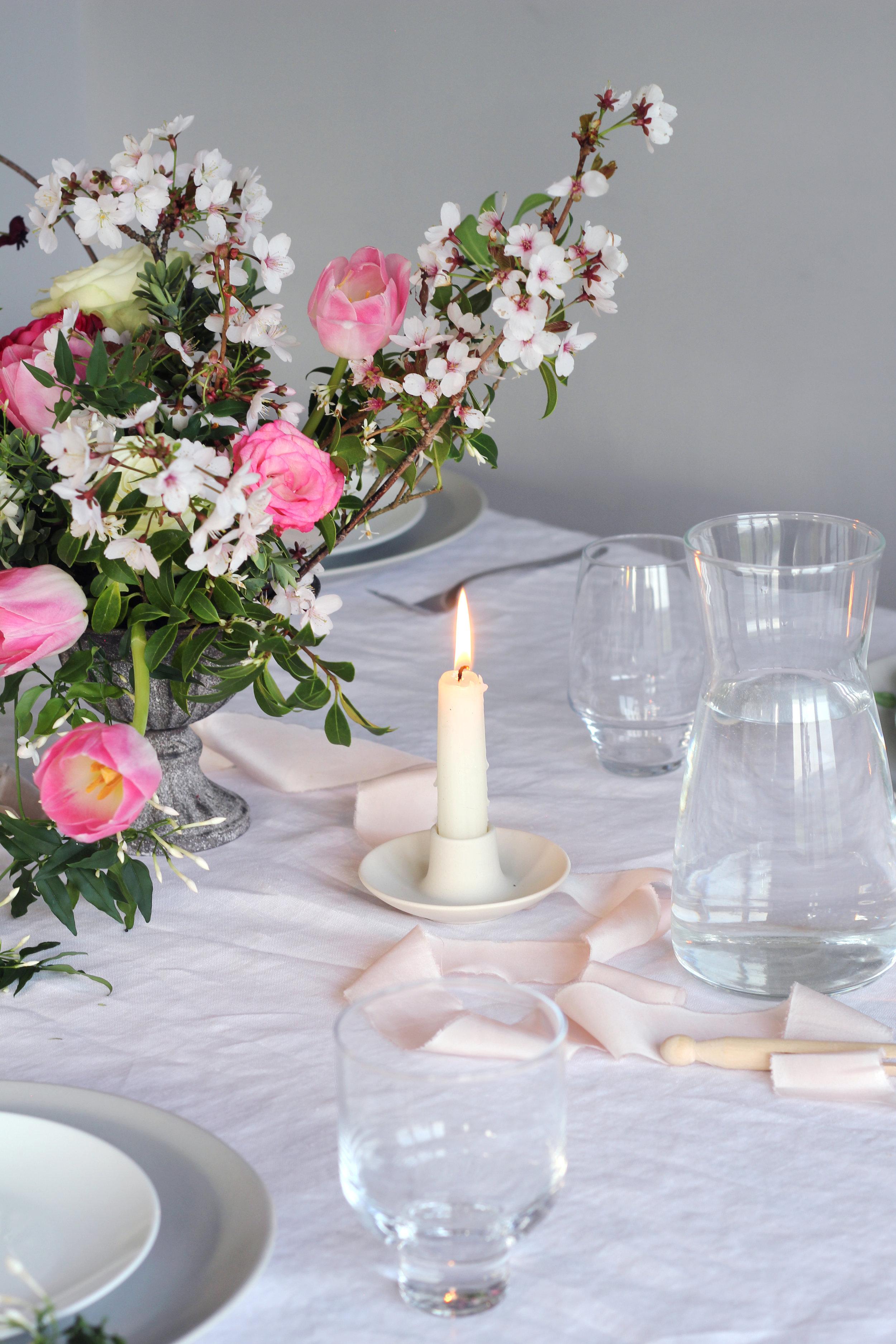 Callie-Pettigrew-Springtime-Wedding-1.jpg