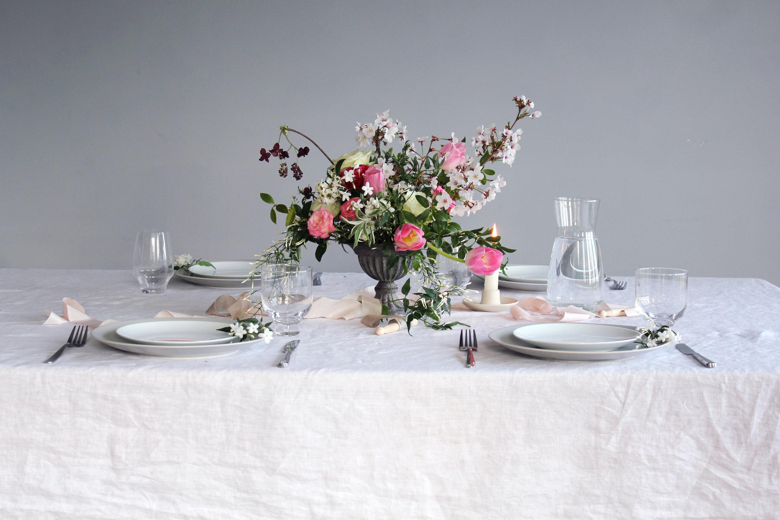 Callie-Pettigrew-Springtime-Wedding-2.jpg