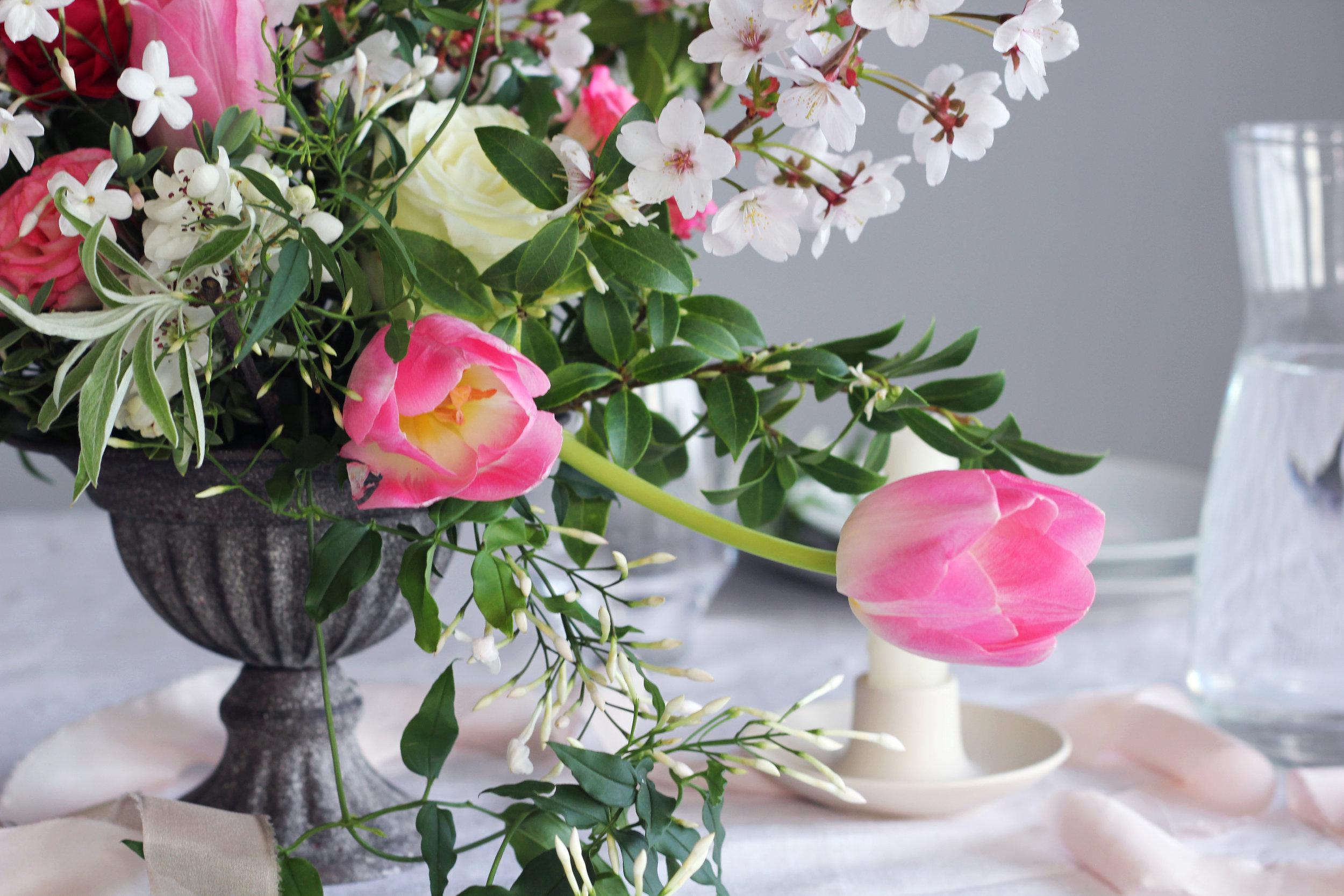 Callie-Pettigrew-Springtime-Wedding-5.jpg
