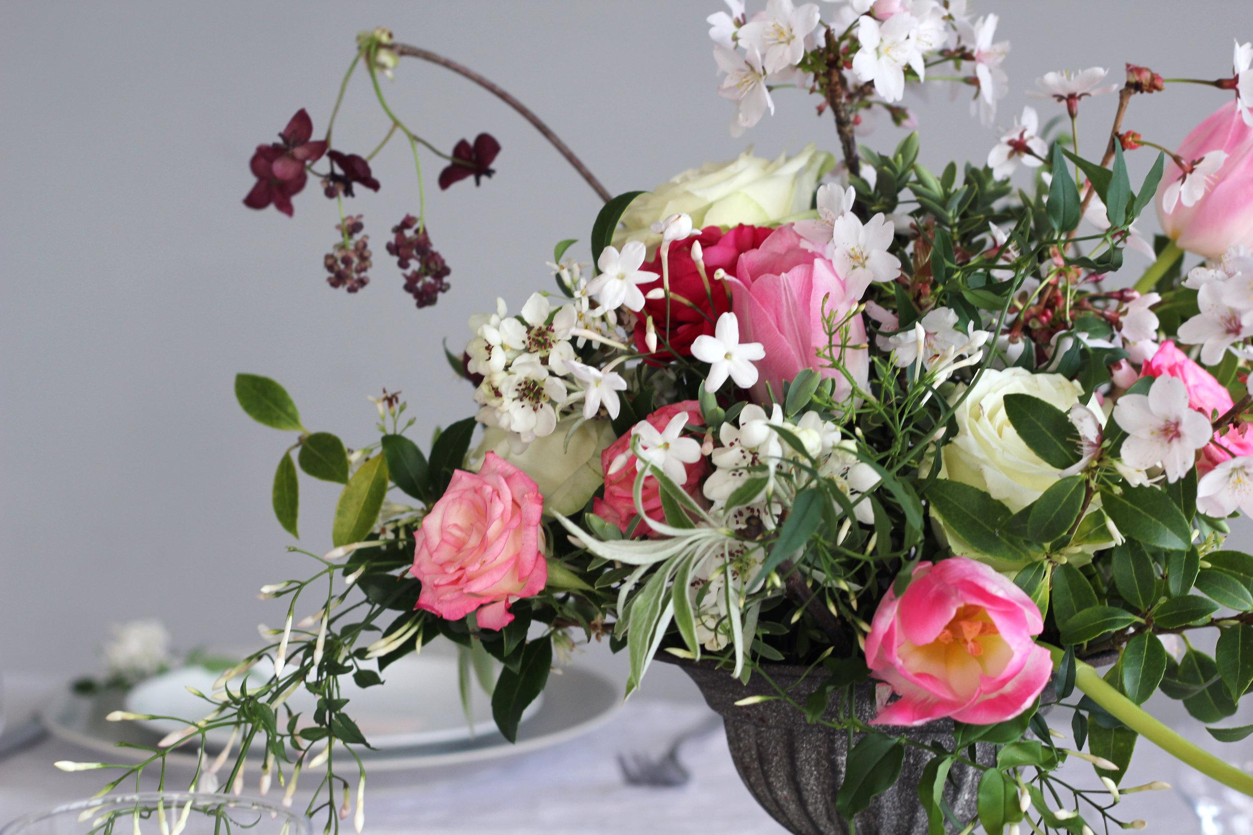 Callie-Pettigrew-Springtime-Wedding-16.jpg