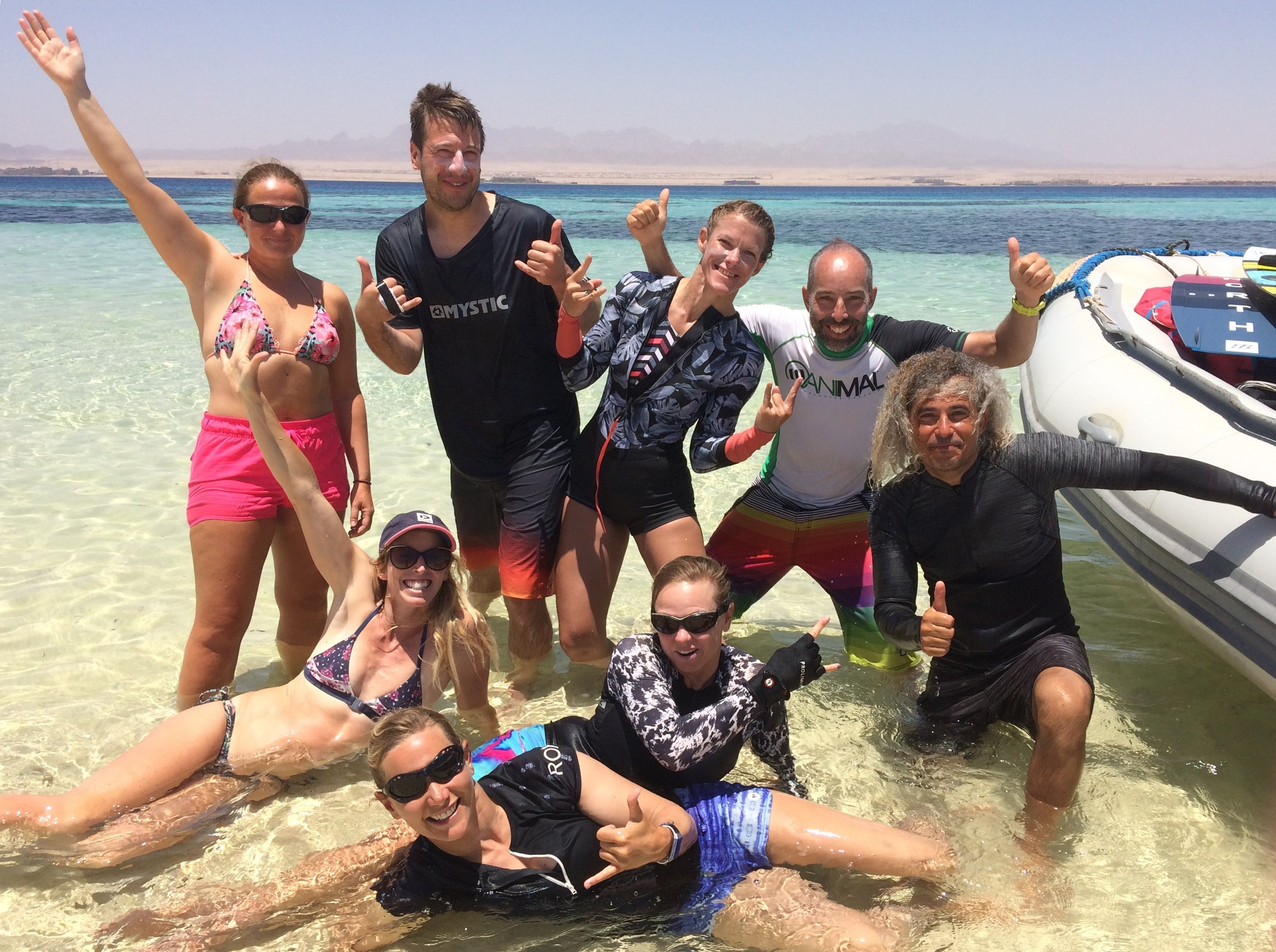 Kitesurfing coaching holdiays community.jpg