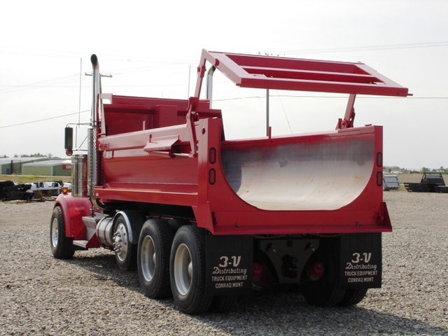 Bill Bengstem LBC trucking 010.jpg