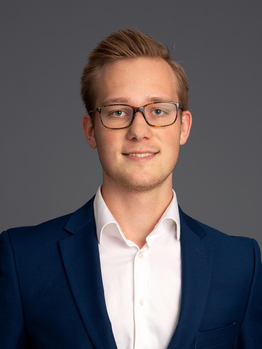 Filip Westling - Law student+46 (0) 8 550 066 60filip.westling@nova.se