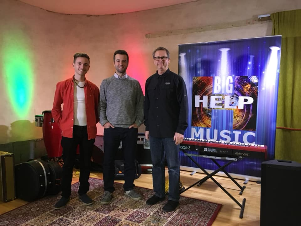 Dutch of Big Help Music with 2017 2Weeks winner Josh Leach and 2Weeks Midlands organiser, Carl Timms