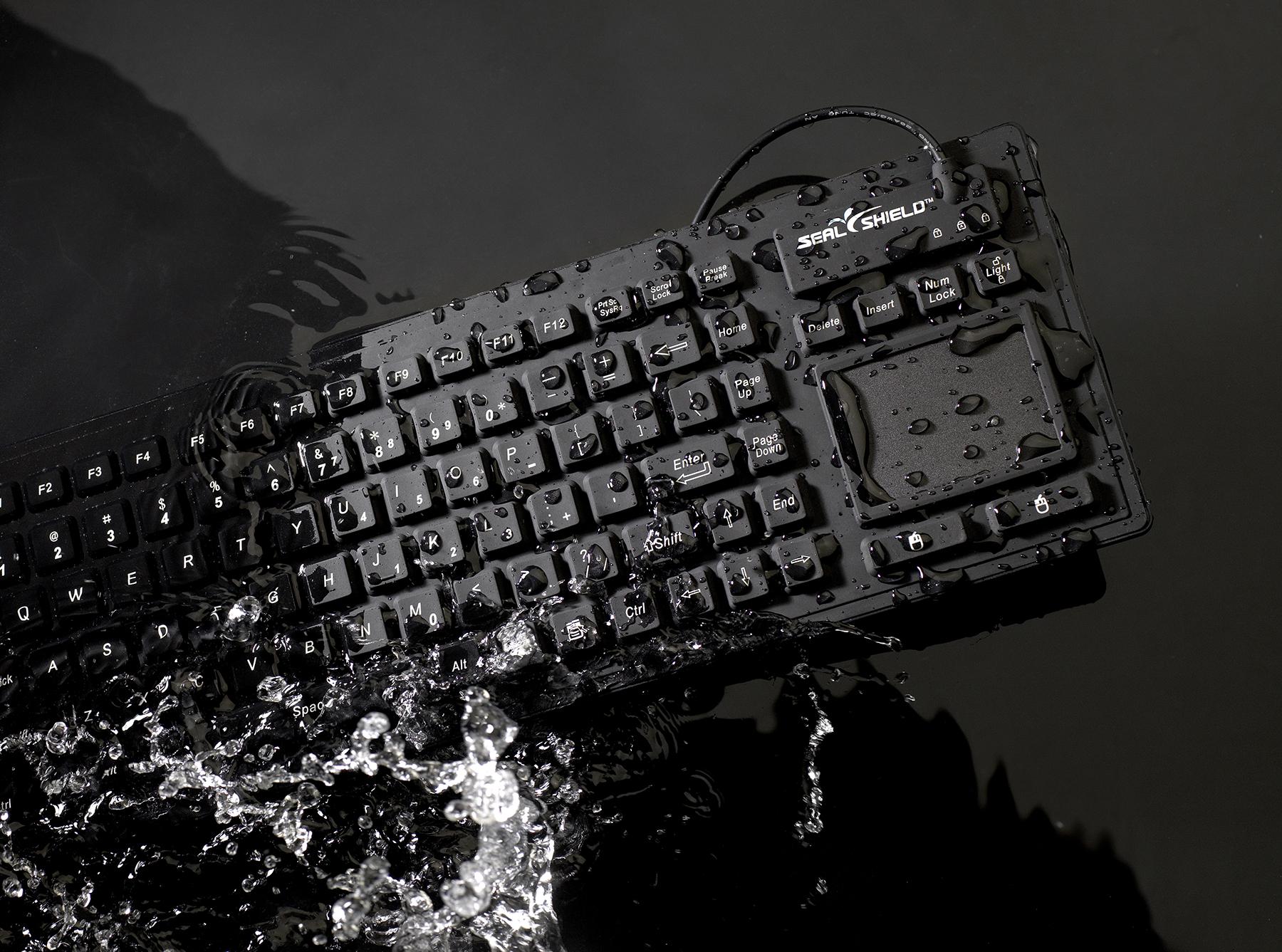 S90PG2_Splash_HR.jpg