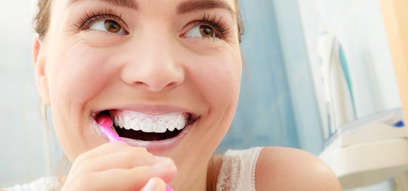feature-image-brushing-teeth.jpg