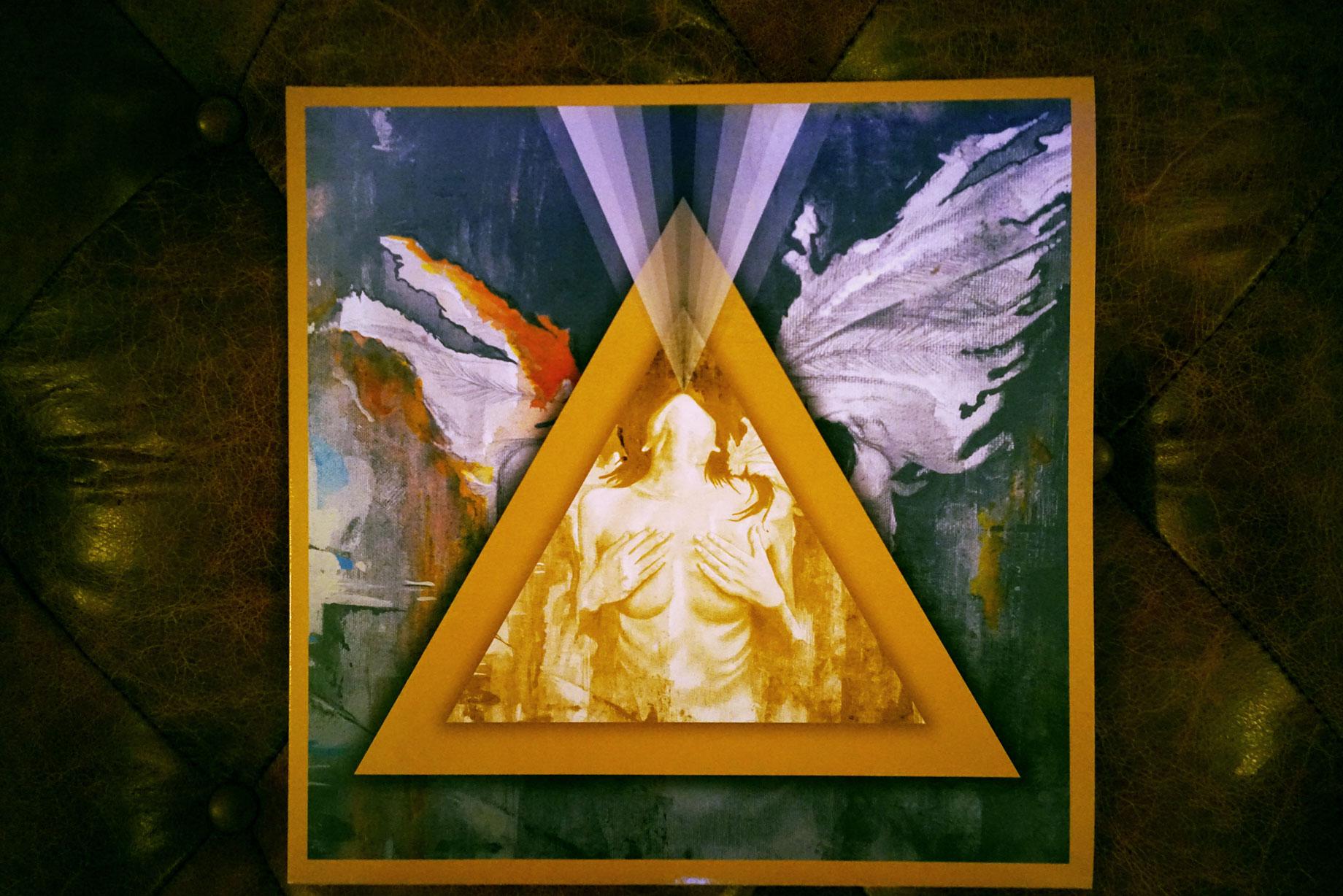Iconography-Vinyl-7.jpg