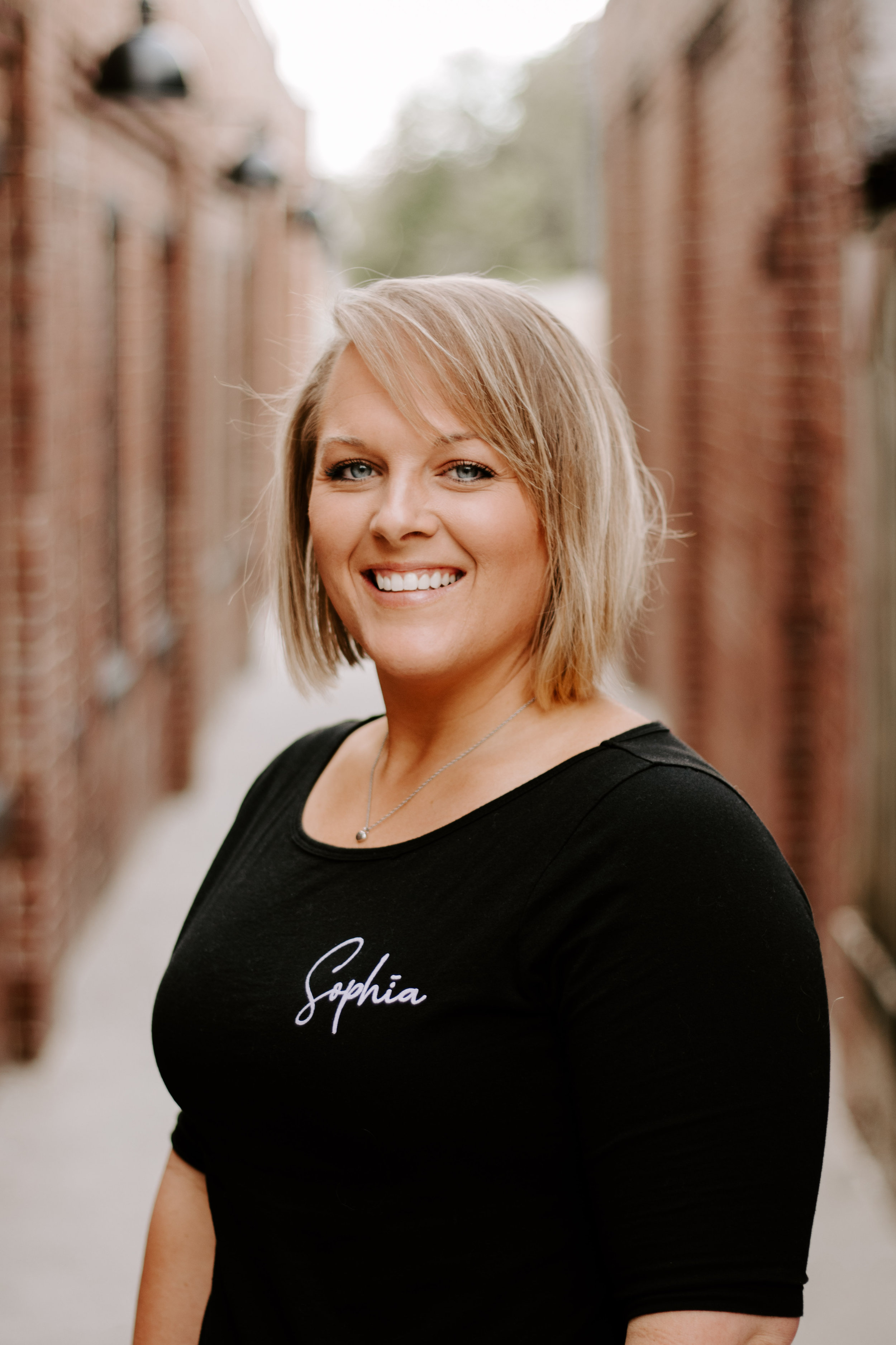 Meghan Stonier-Howe - CMT & Licensed EstheticianLife CoachMassage Therapist Waxing & Skincare(812) 360-0358