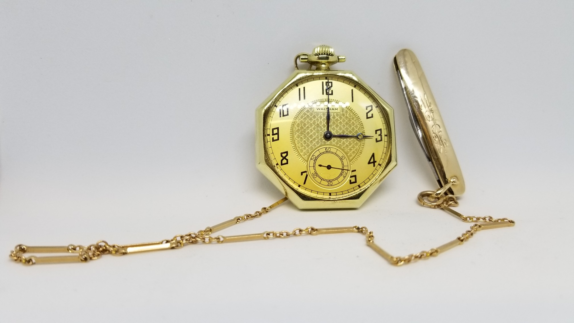 Waltham 12s Pocket Watch Cased In An Octo 14k Gold Case With A 10k Pocket Knife